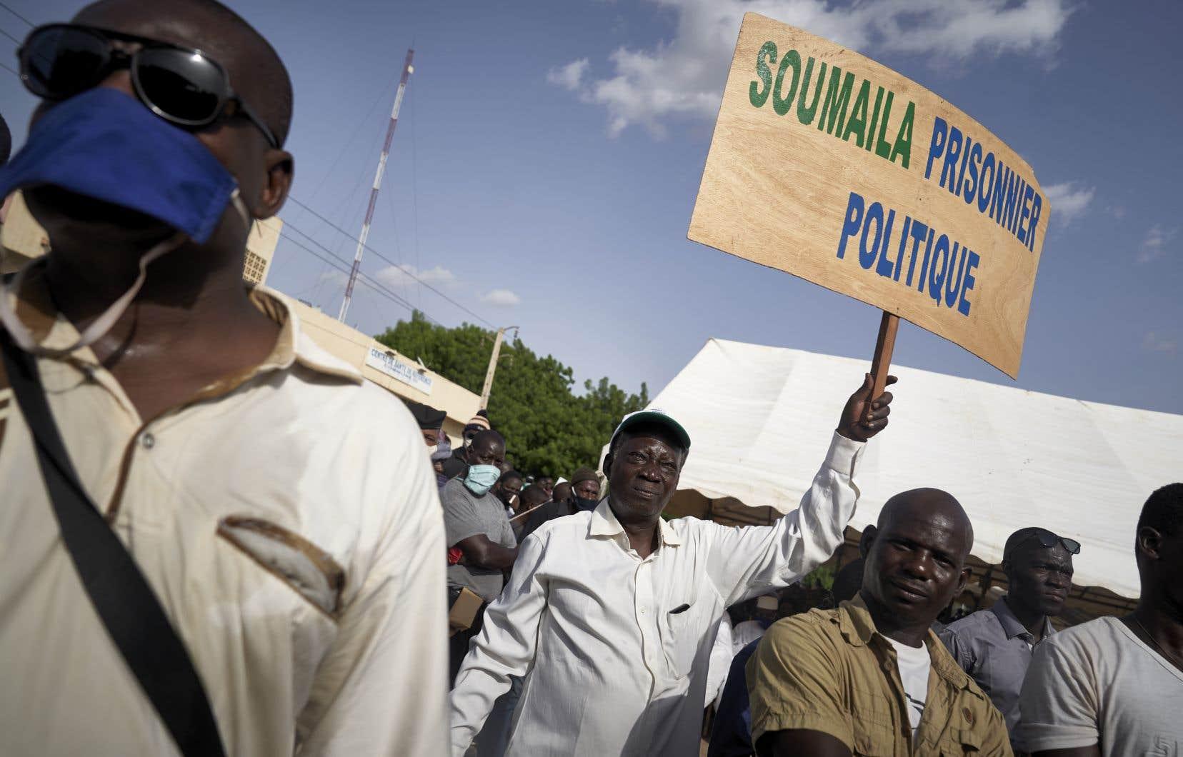 Soumaïla Cissé a été enlevé le 25 mars par des djihadistes présumés alors qu'il était en campagne pour les législatives dans la région de Tombouctou, dans le nord-ouest du pays.