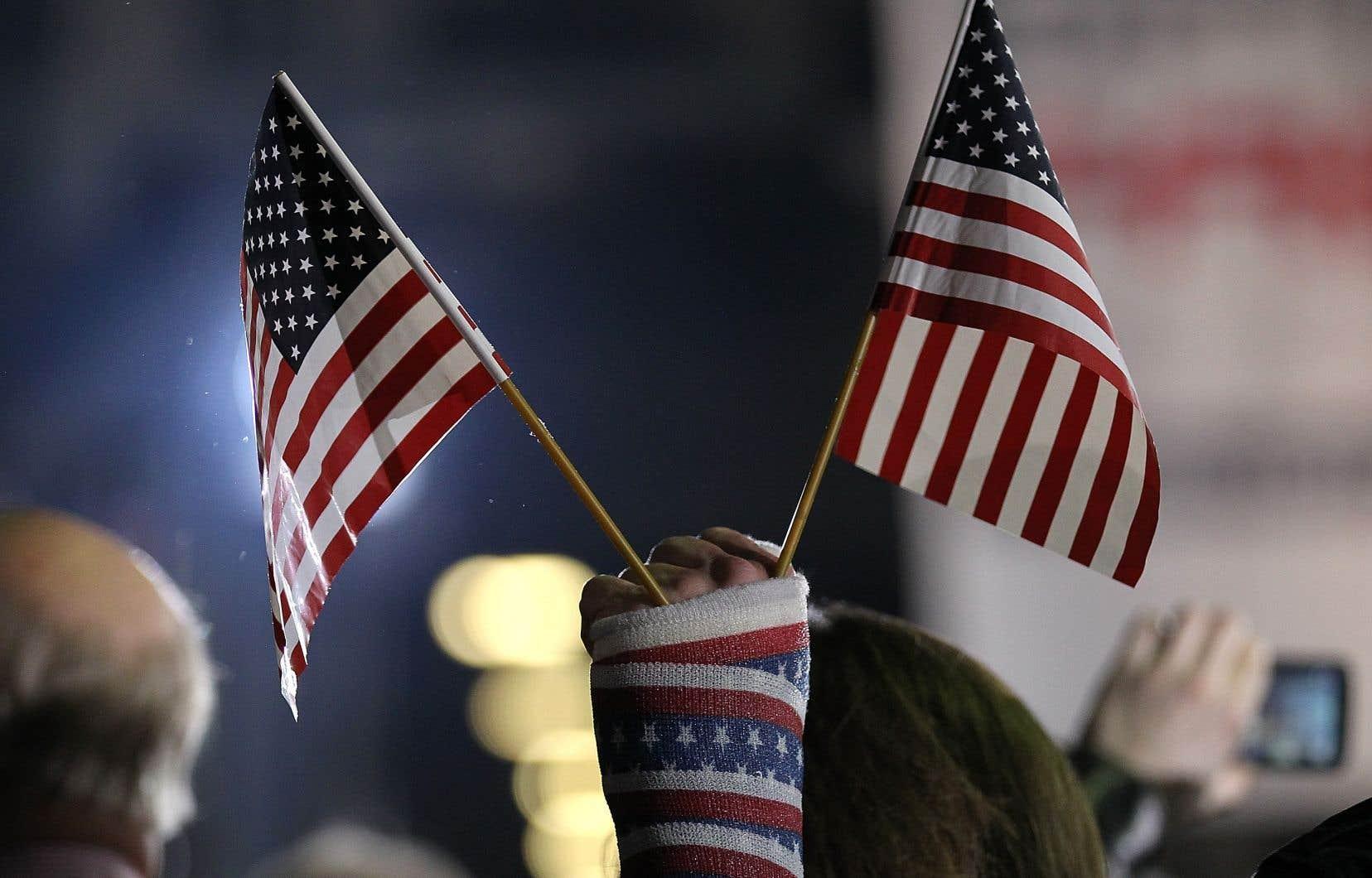 La porte-parole du président américain a annoncé vendredi que l'assemblée prévue à Portsmouth dans le New Hampshire était reportée «d'une semaine ou deux», officiellement en raison de la menace posée par la tempête tropicale «Fay<i>»</i>.
