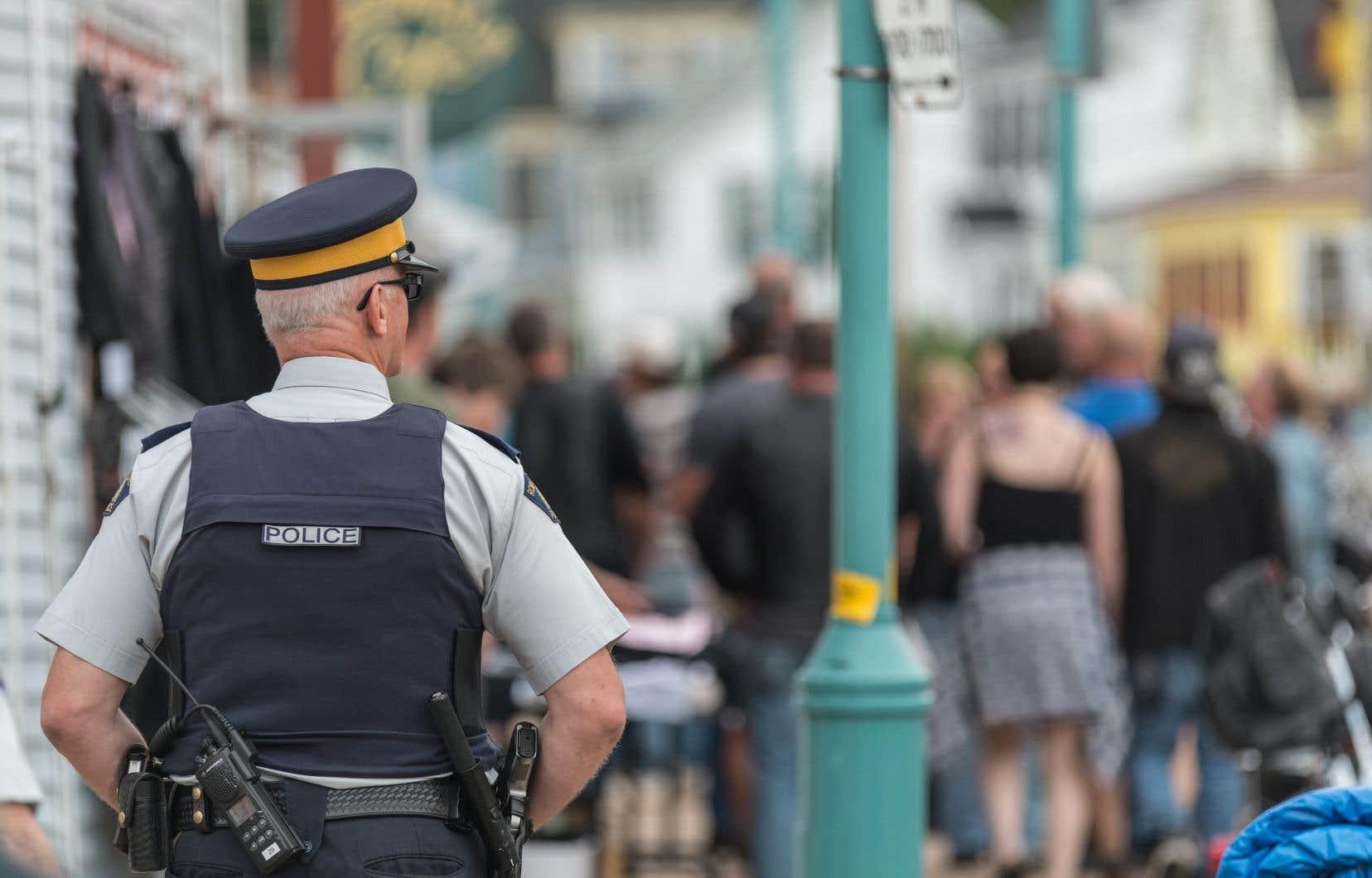 Même si tous les policiers ontariens suivent la même formation de base, les neuf services de police autochtones de la province sont fondamentalement différents des unités non autochtones.