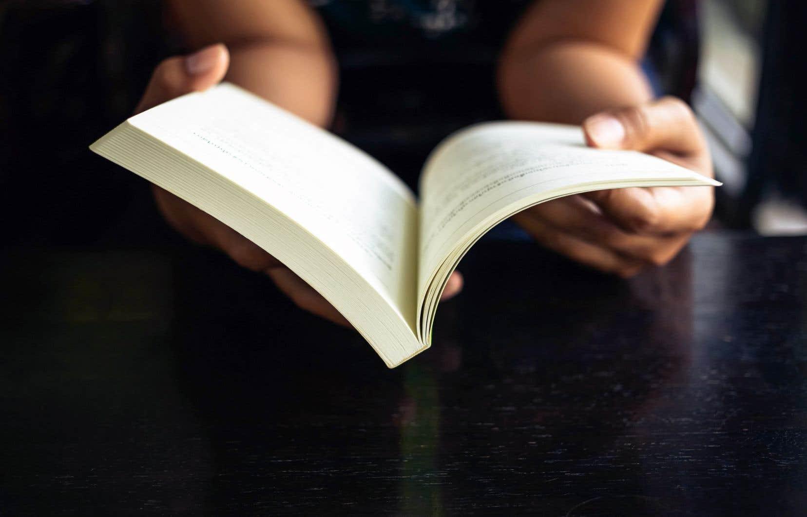 Depuis le printemps, un nouveau groupe de soutien a été créé, de façon privée, pour permettre aux victimes de faire connaître les abus qu'elles ont subis dans le monde littéraire.