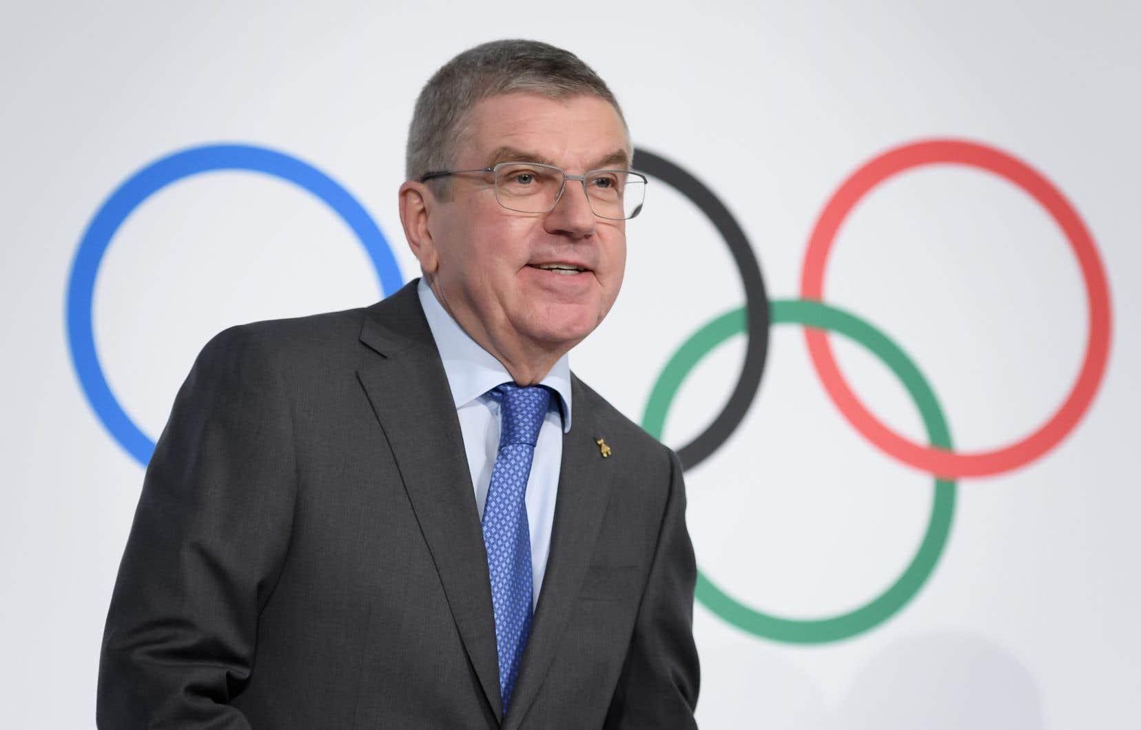 Neuvième président du CIO, Thomas Bach avait été champion olympique par équipes de fleuret aux Jeux de Montréal (Canada) en 1976.