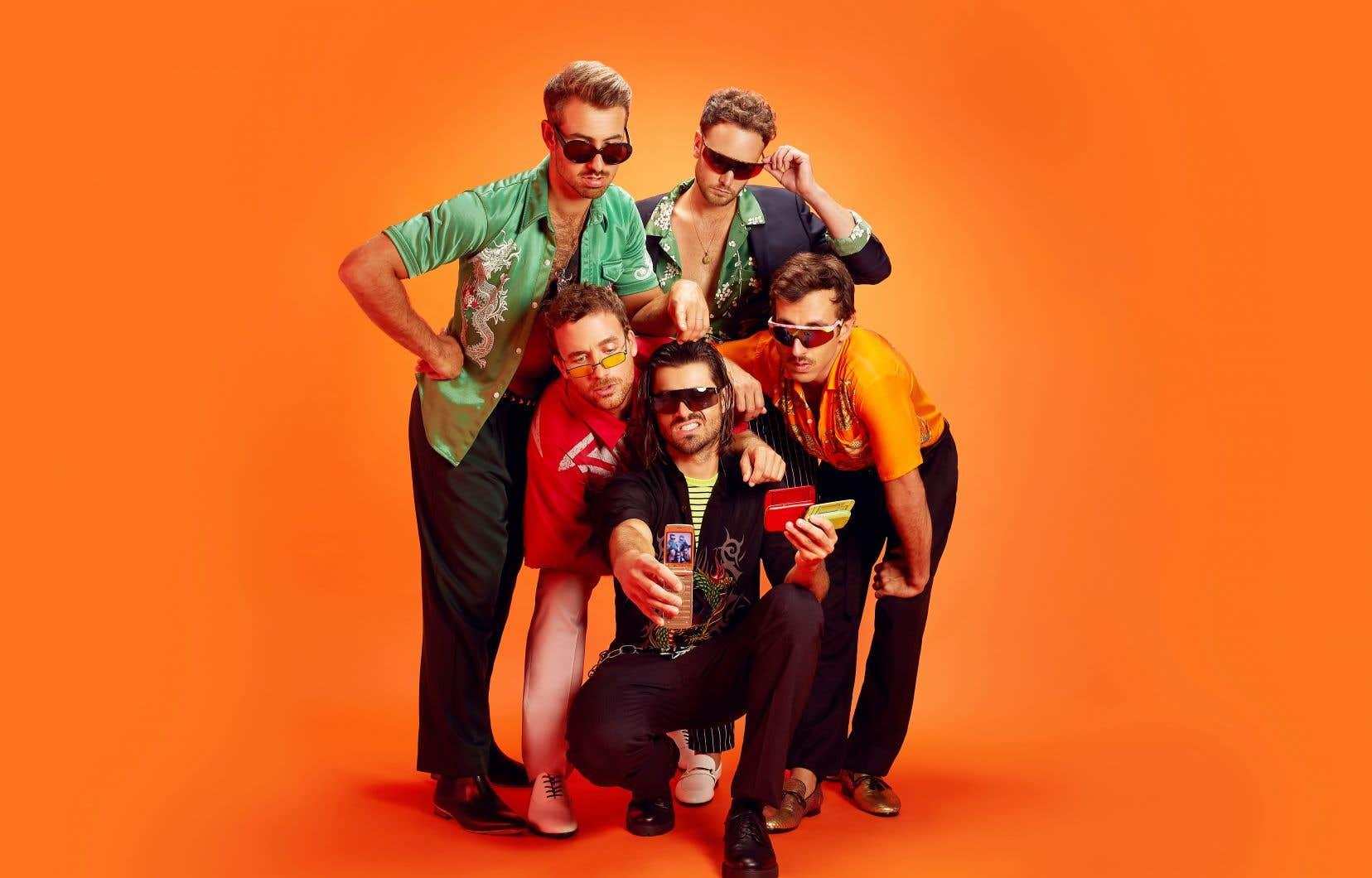 Le mini-album «C'est la quantité qui compte» de Qualité Motel fait suite au disque «Ce n'est pas la qualité qui compte» que le groupe a fait paraître fin 2018.