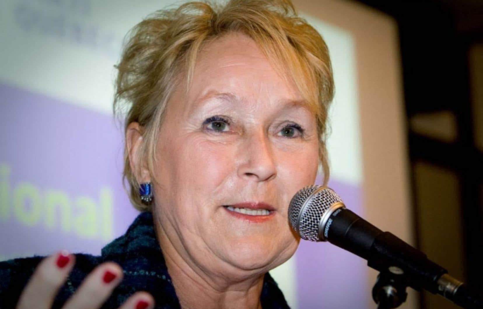 Pour Pauline Marois, «le travail a été mal fait par le gouvernement du Parti libéral, par le gouvernement Charest, c'est un véritable cafouillis, c'est lamentable et nous demandons toujours qu'il y ait un moratoire». <br />