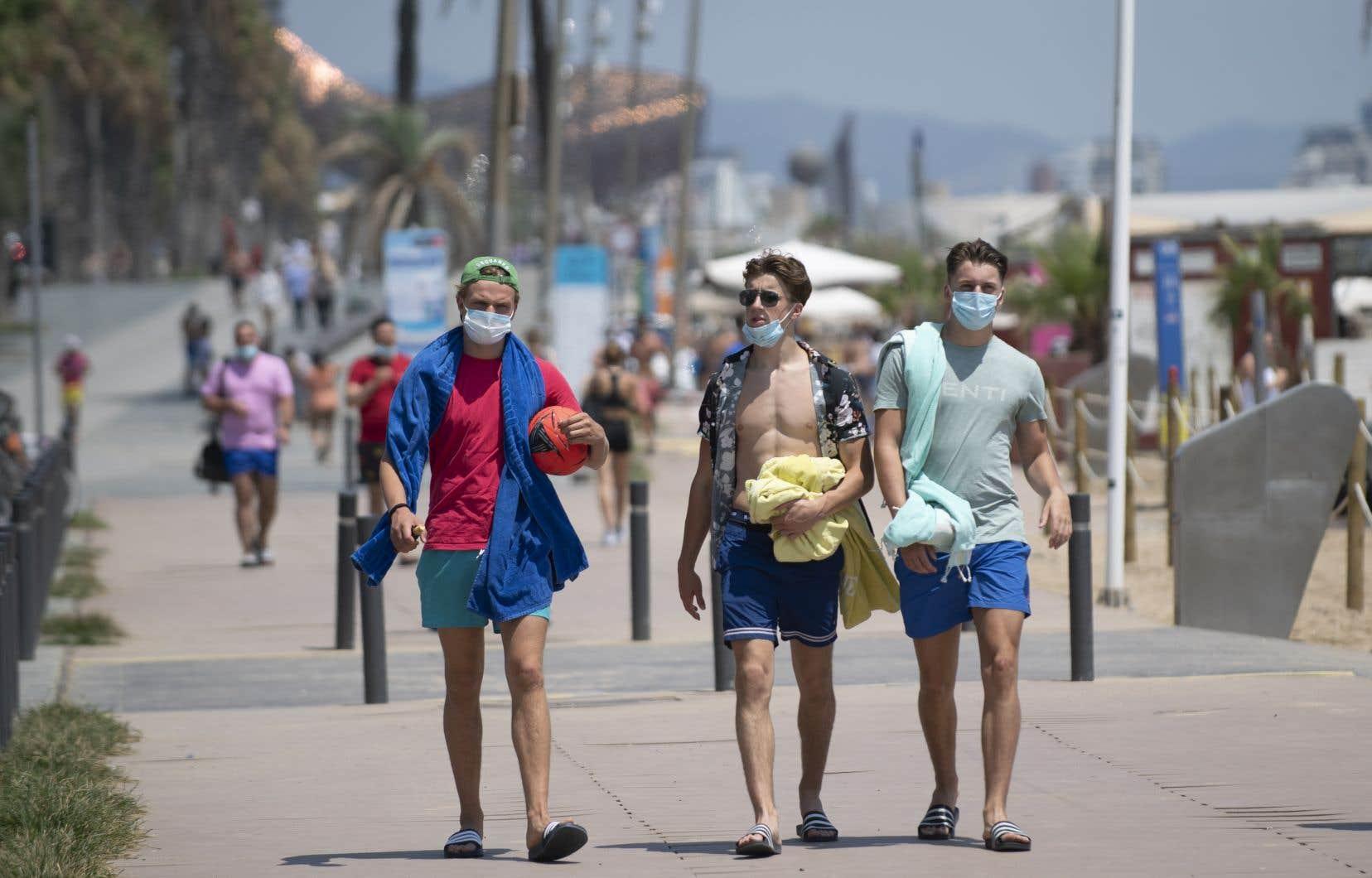 «Le climat à lui seul ne limitera pas significativement la croissance de la pandémie au cours du temps», soutient l'auteur.