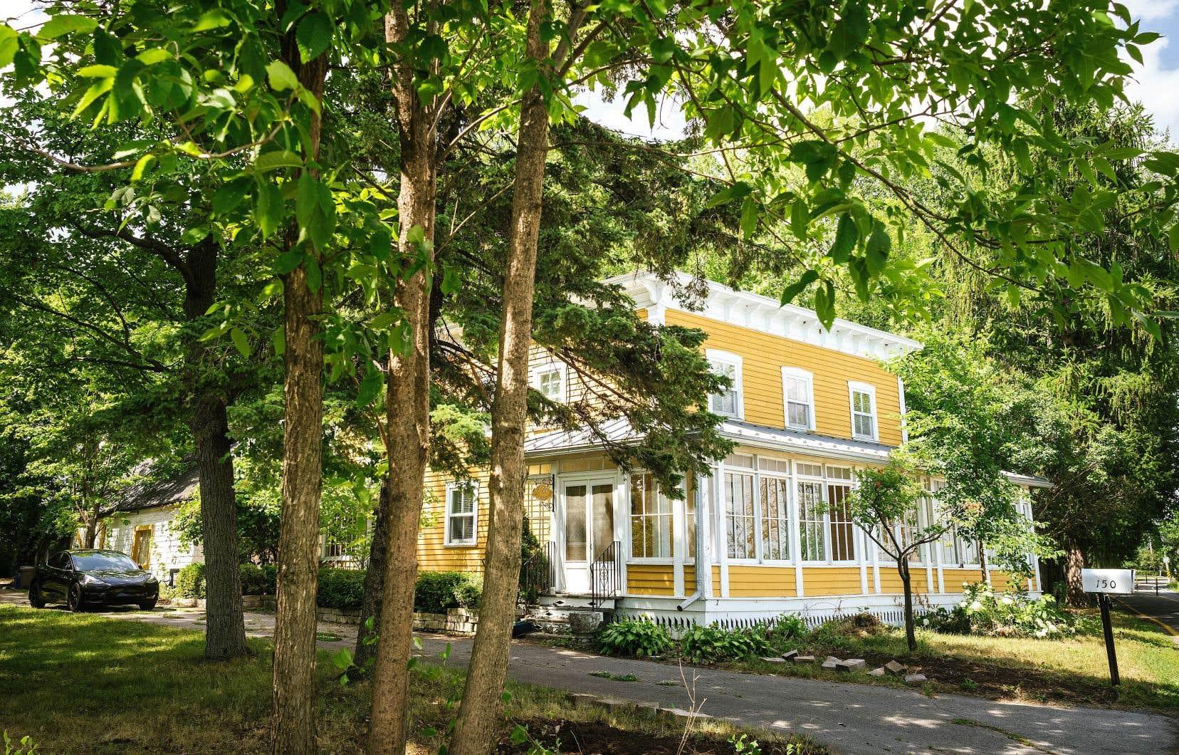 Bien que cité par la municipalité de Vaudreuil, le site de la maison natale de Lionel Groulx fait désormais l'objet d'un morcellement qui rend possible la construction domiciliaire.