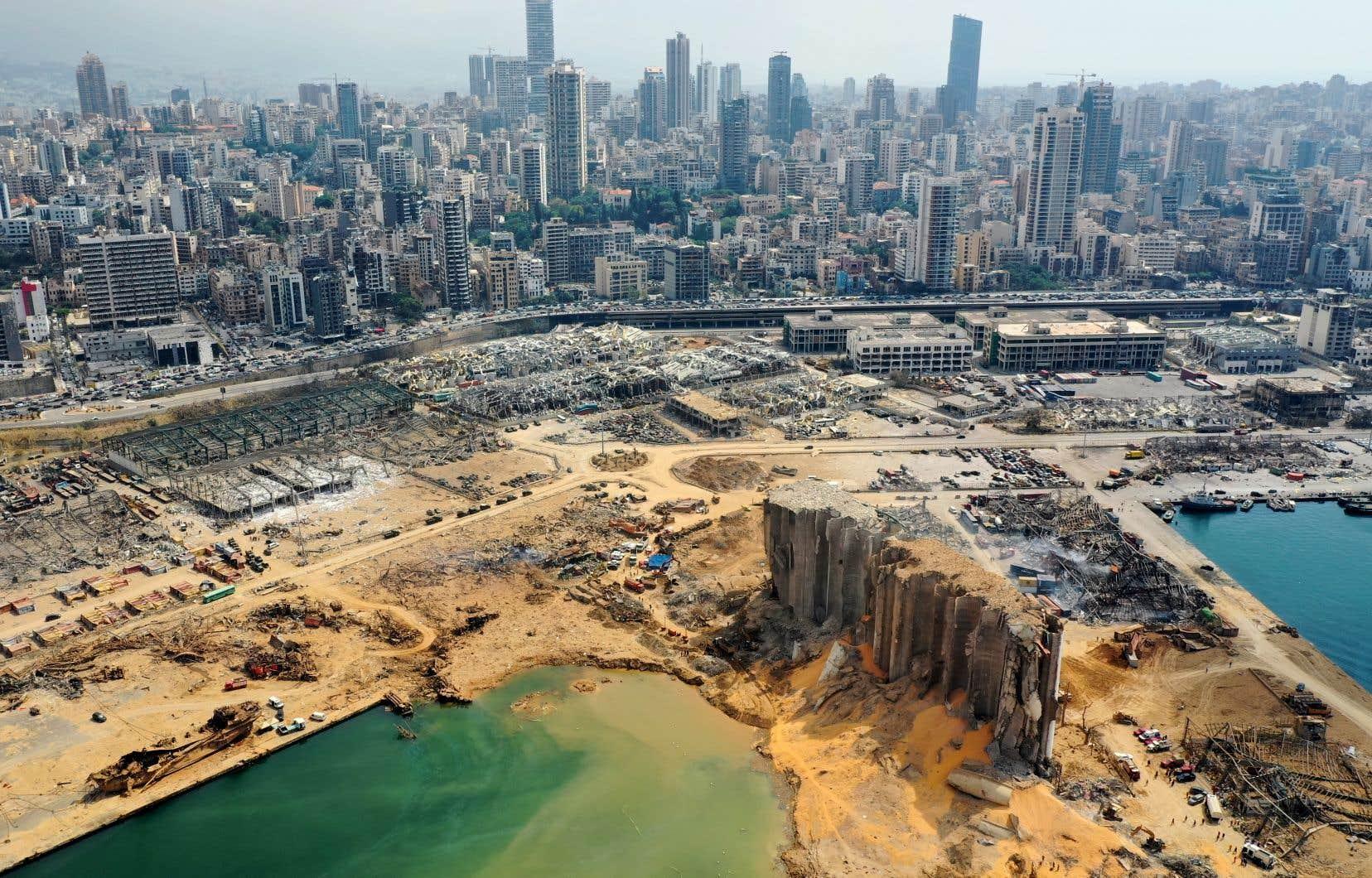 Mardi, une énorme explosion au port de Beyrouth a dévasté plusieurs quartiers de la ville.