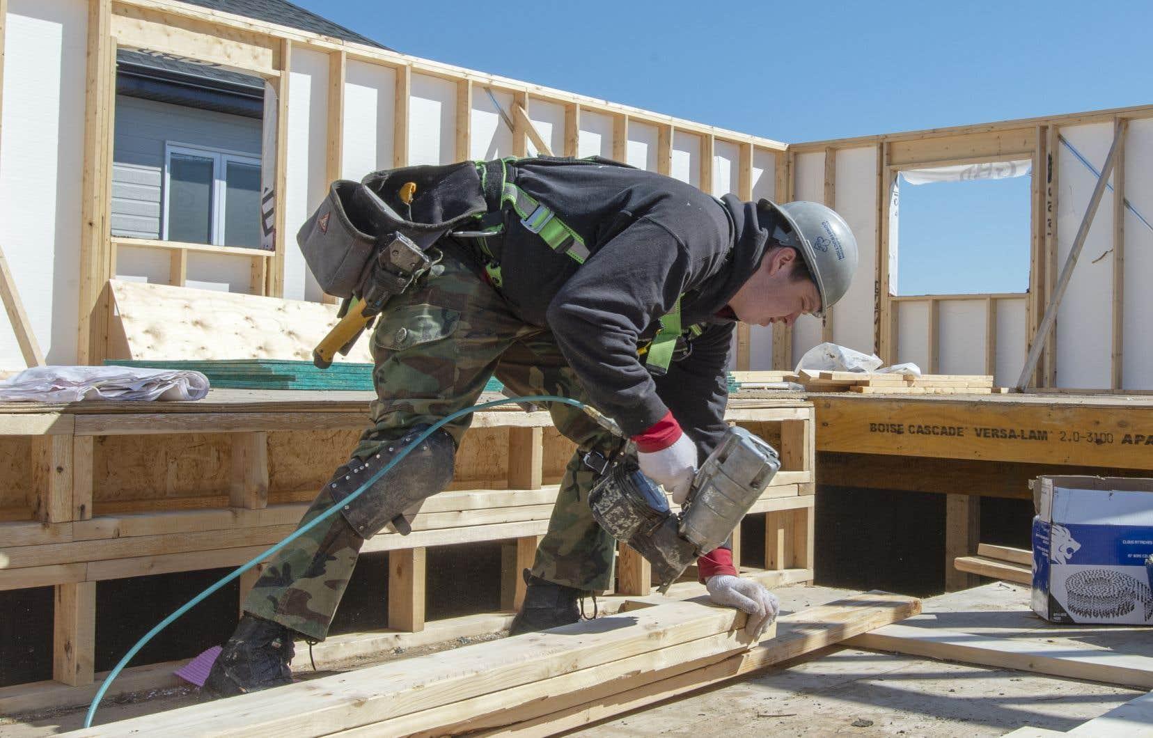 Québec avait permis la réouverture des chantiers de construction résidentielle le 20avril dernier.