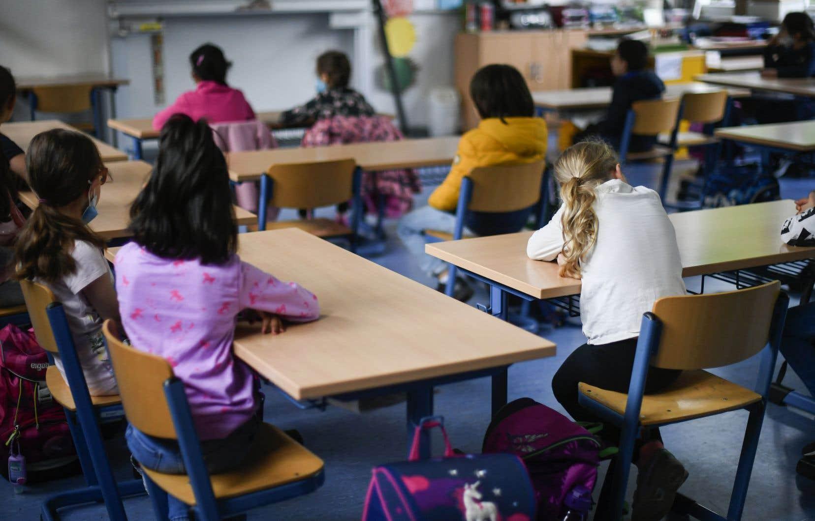 Les acteurs du réseau scolaire s'attendent à des investissements pour aider les profs à soutenir les élèves en difficulté, qui seront plus nombreux que jamais après cinq mois de bouleversements.