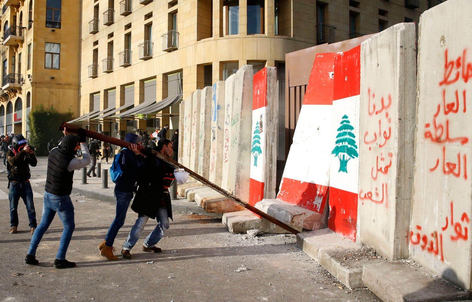 Espoirs et grandes manoeuvres au Liban | Le Devoir