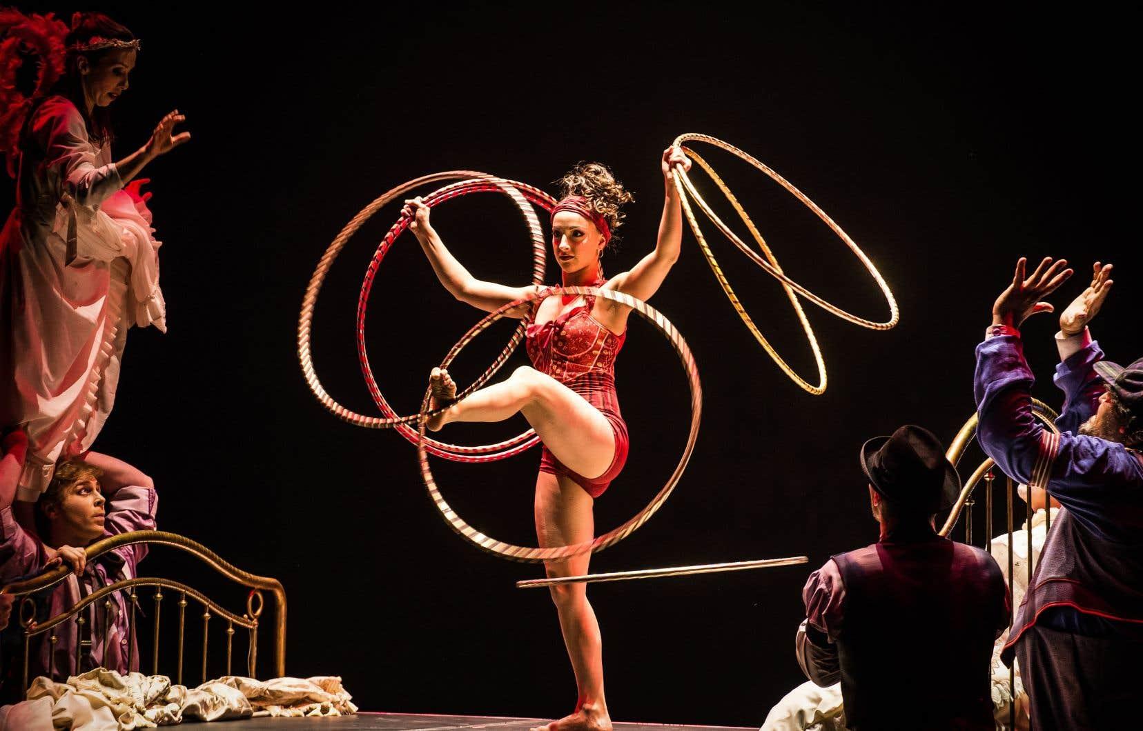 Une artiste du spectacle <em>Corteo</em>, du Cirque du Soleil