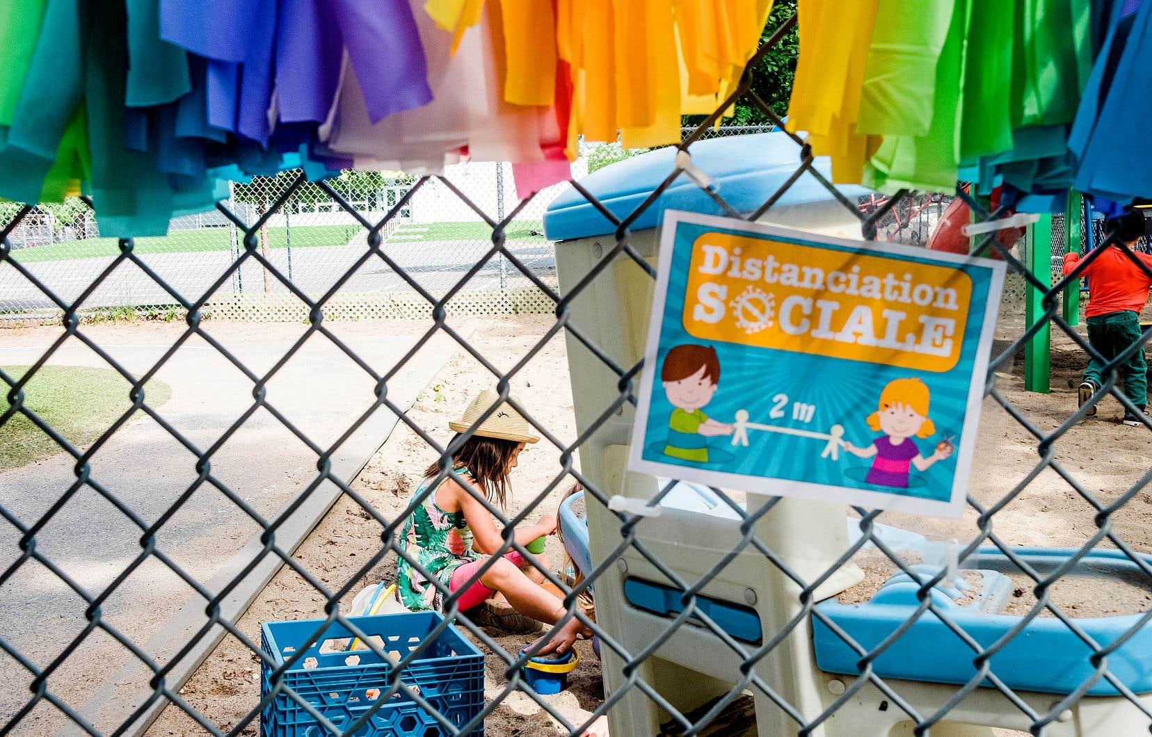 L'Association québécoise des centres de la petite enfance dit avoir indiqué aux autorités qu'elle souhaite qu'un «protocole clair» soit instauré.