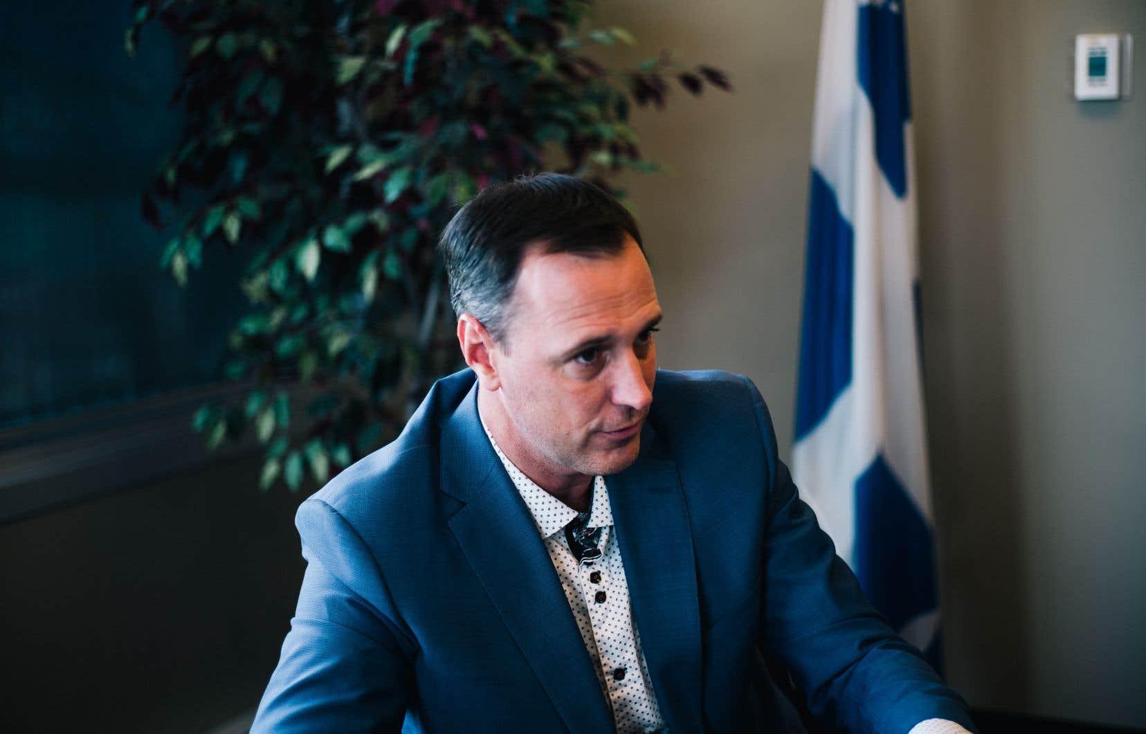 II est «très, très, très peu probable» que l'ensemble du réseau scolaire soit confiné en cas de deuxième vague de contamination, a fait valoir le ministre de l'Éducation, Jean-François Roberge, en entrevue avec «Le Devoir» mardi.