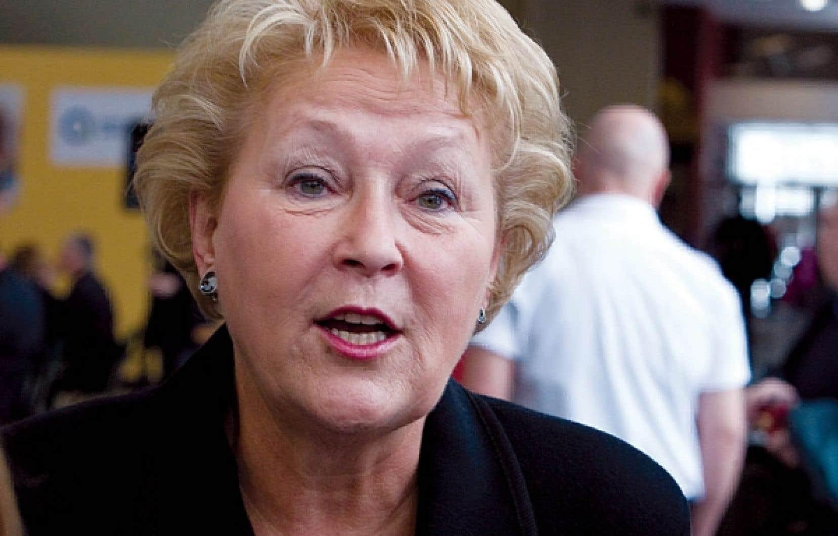 Pauline Marois a présenté hier le rapport Un gouvernement partenaire des régions.