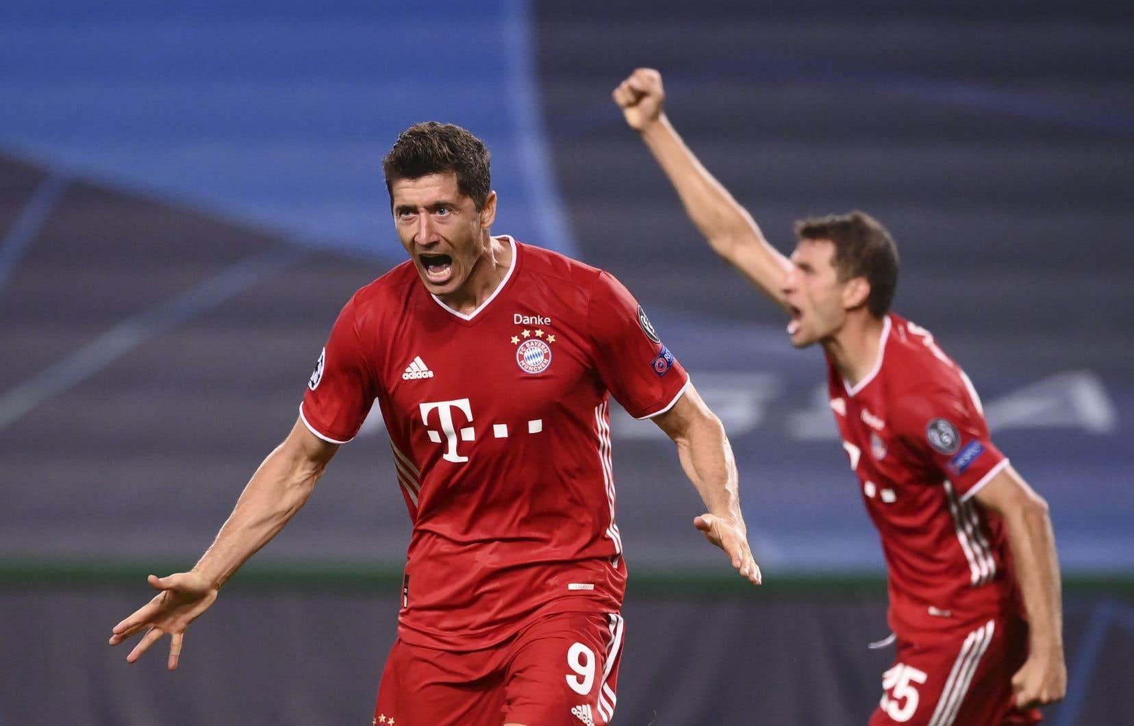 Robert Lewandowski a marqué le troisième but du Bayern mercredi. La formation allemande rejoint le PSG en finale de la Ligue des champions.