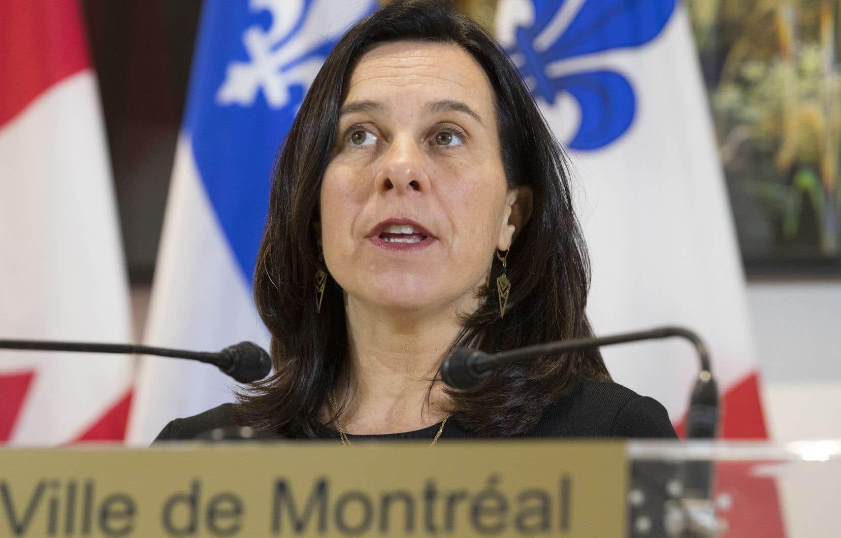 «Le REV était dans ma plateforme électorale en 2017. J'ai été élue en disant qu'on allait faire le REV. Alors, on ne reculera pas», a fait valoir la mairesse Valérie Plante jeudi.