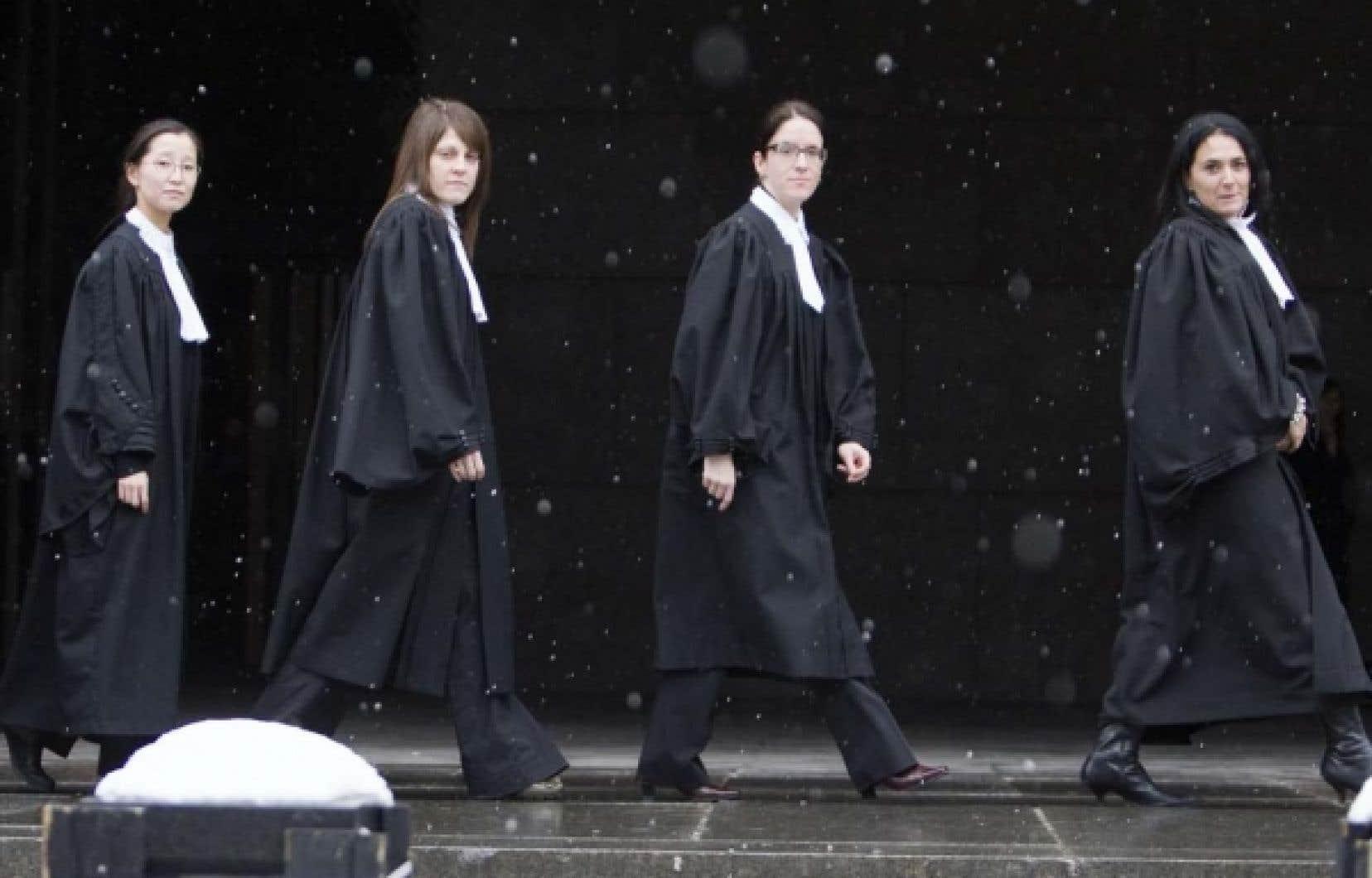 Les procureurs québécois exigent un rattrapage salarial de 40%, ce qui représente, selon eux, l'écart qui les sépare de leurs collègues du reste du pays.