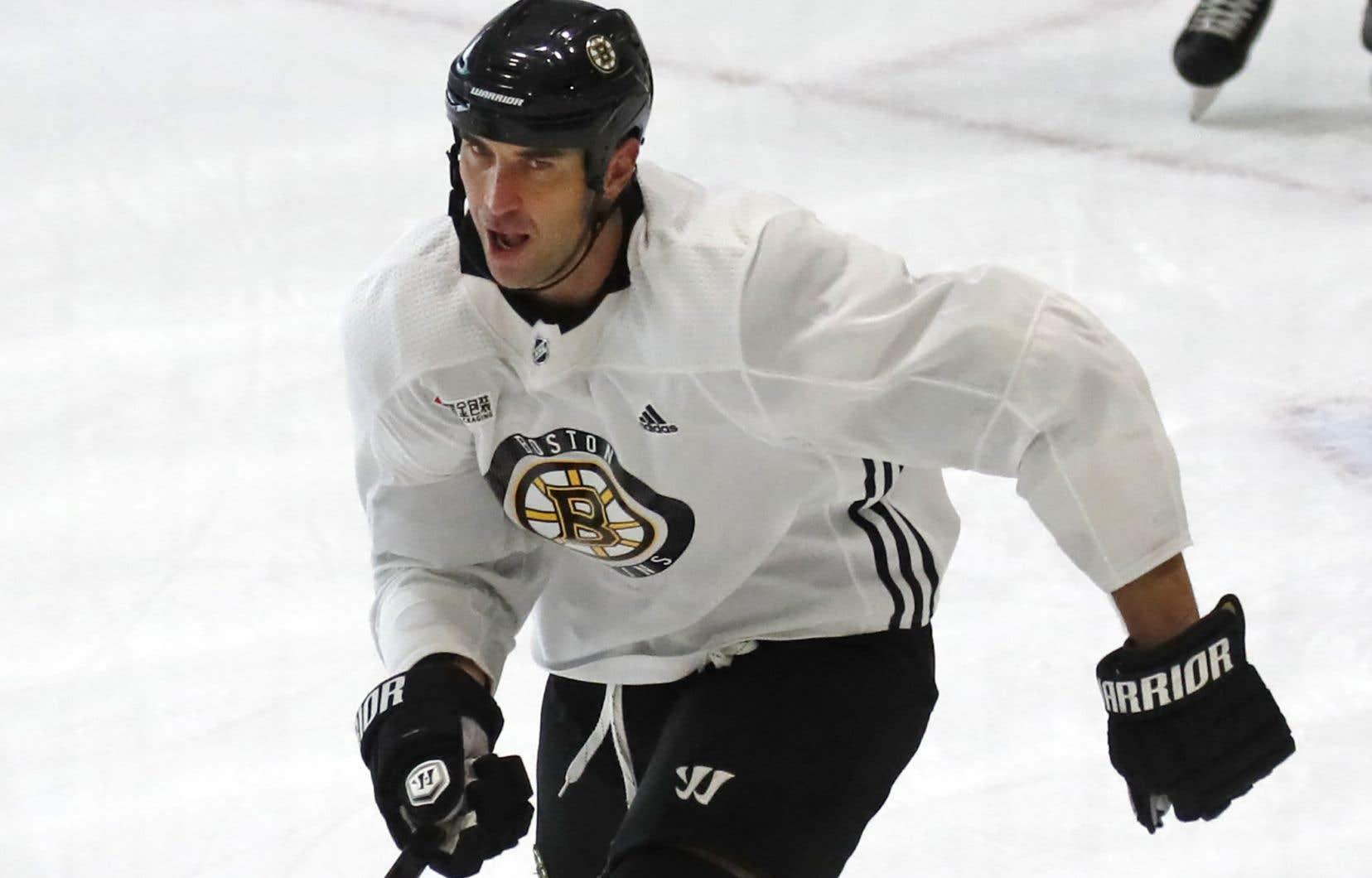 On ne connaît pas encore les intentions de Zdeno Chara, le capitaine des Bruins maintenant âgé de 43ans.