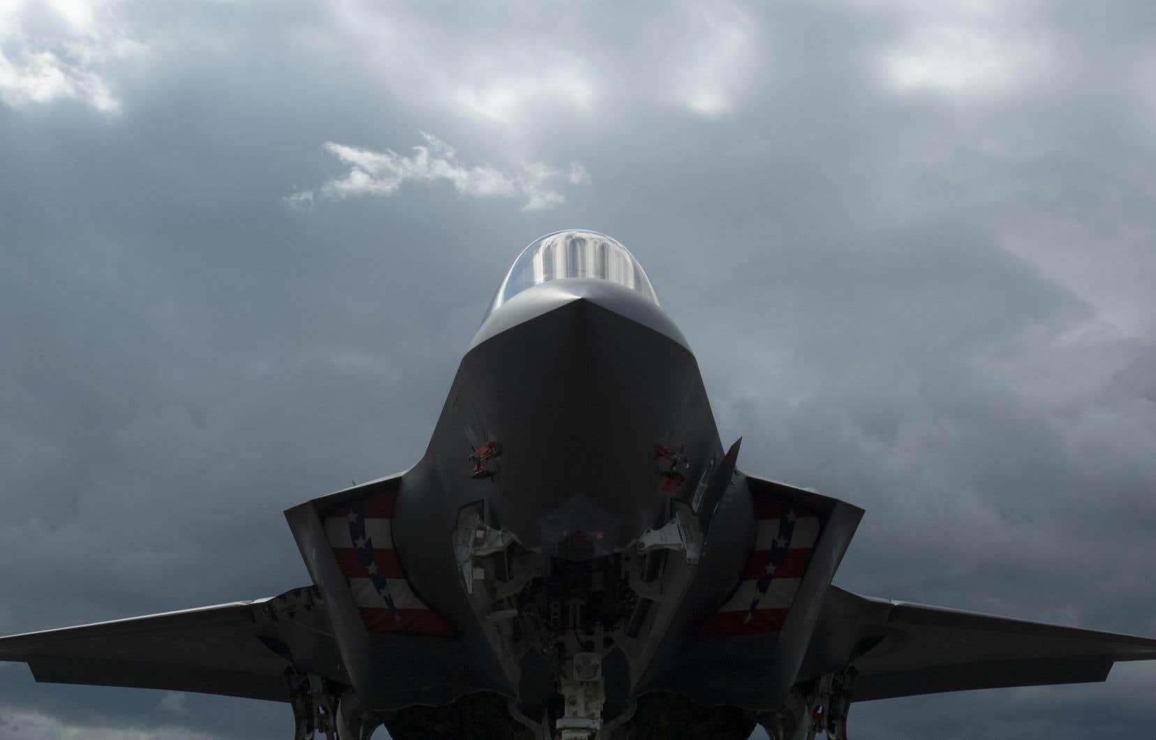 En décembre 2018, on faisait état d'un manque à gagner de 275 pilotes militaires dans les rangs de l'armée canadienne.