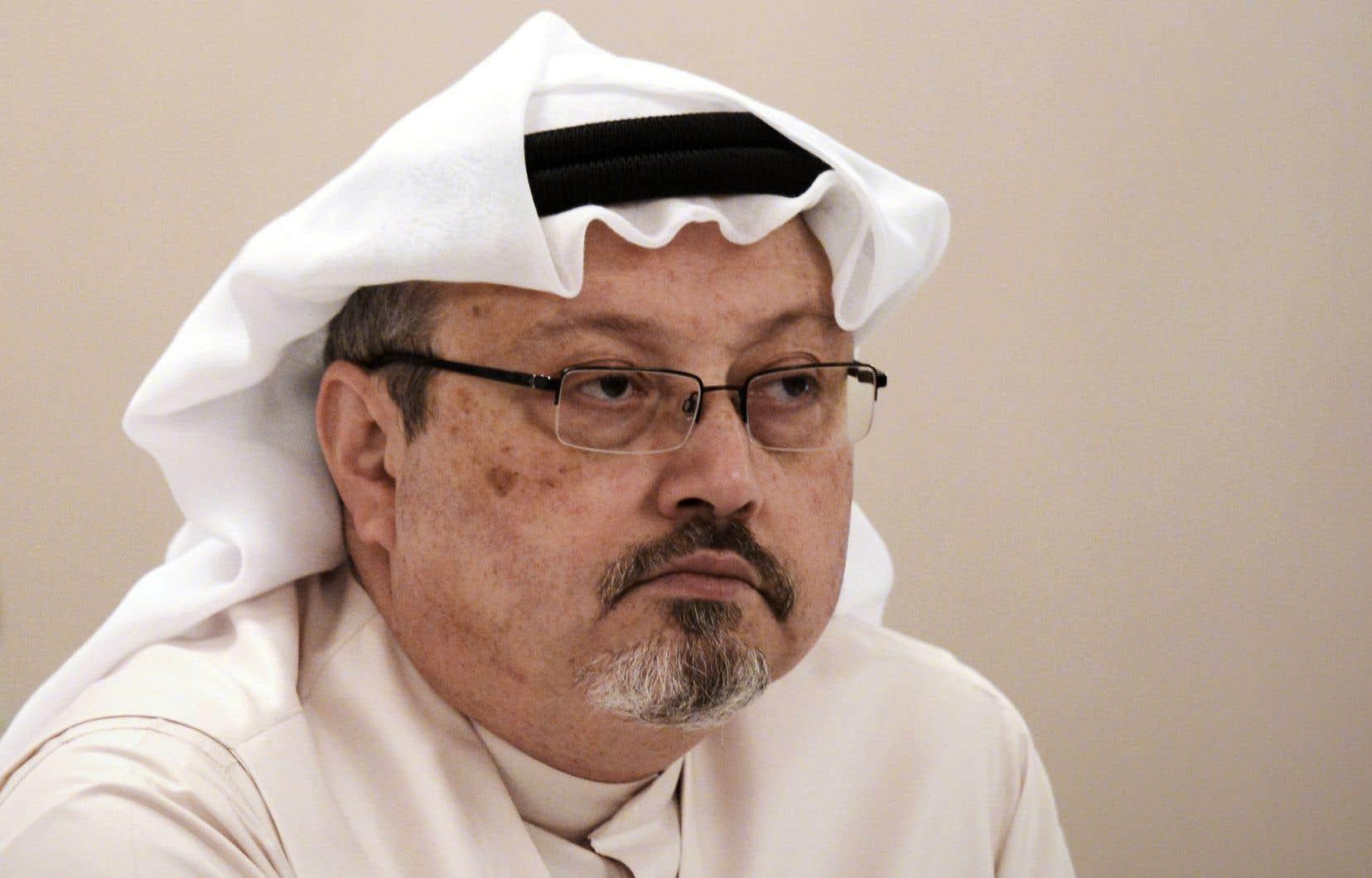 Collaborateur du «Washington Post» et critique du régime saoudien après en avoir été proche, Jamal Khashoggi a été assassiné en octobre 2018 dans le consulat d'Arabie saoudite à Istanbul, où il s'était rendu pour récupérer un document.