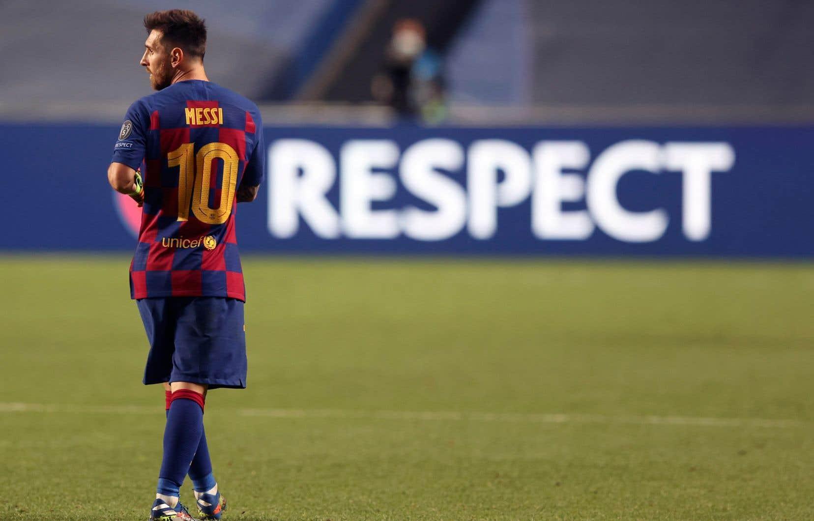 Lionel Messi a révélé la semaine dernière qu'il n'était pas heureux à Barcelone, mais qu'il préférait rester plutôt que de se lancer dans une bataille juridique.