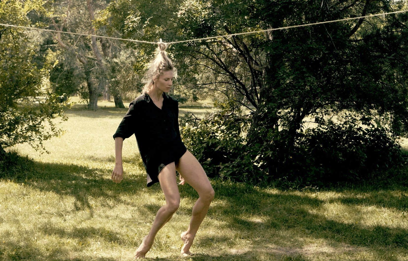 «Souche», de Morgane Le Tiec, est la première incursion de la chorégraphe dans la vidéo.