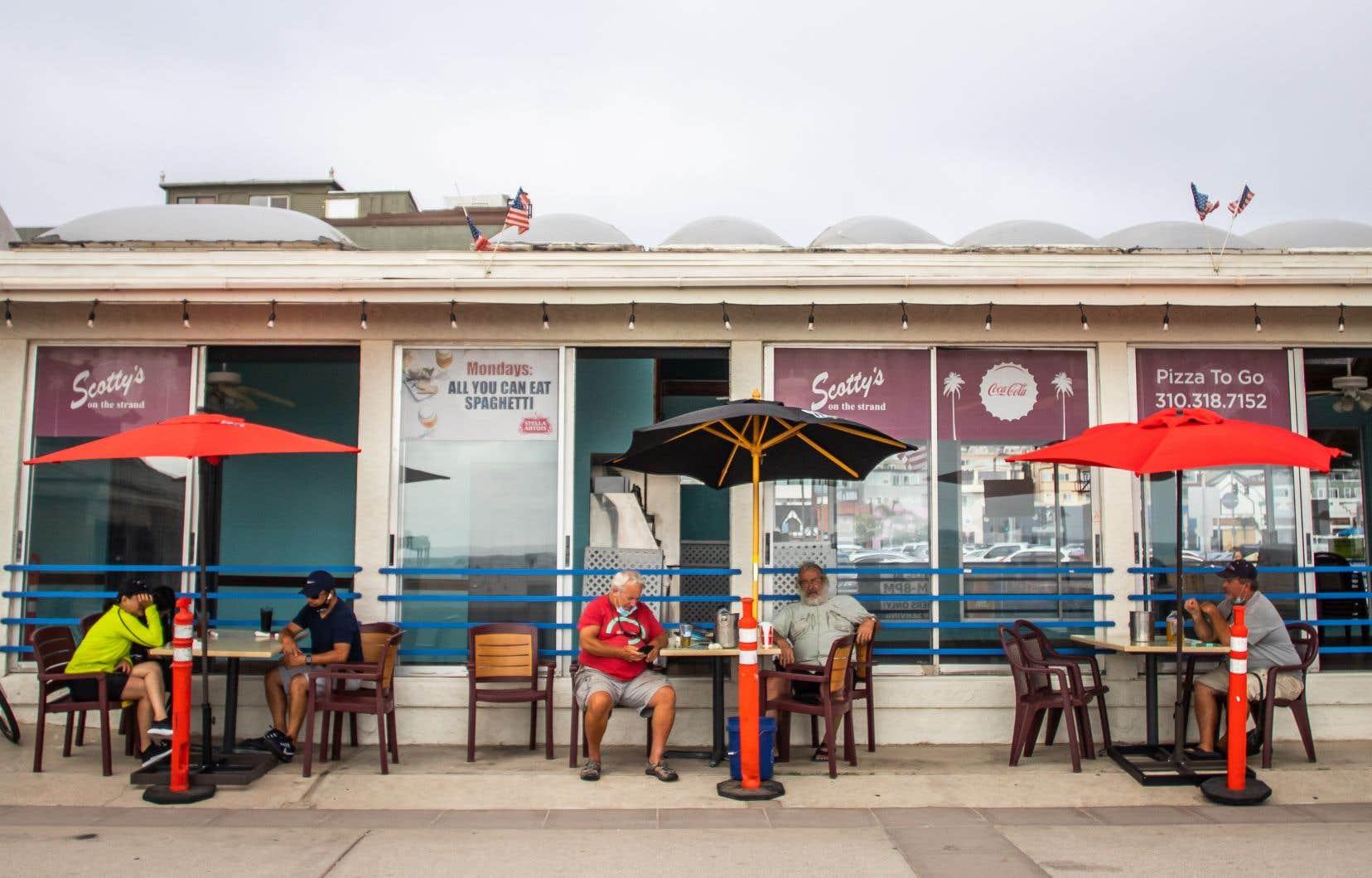 Les traçages de contacts dans quelques États américains ont mis en évidence cet été que les bars et les restaurants étaient à l'origine de nombreuses contaminations.
