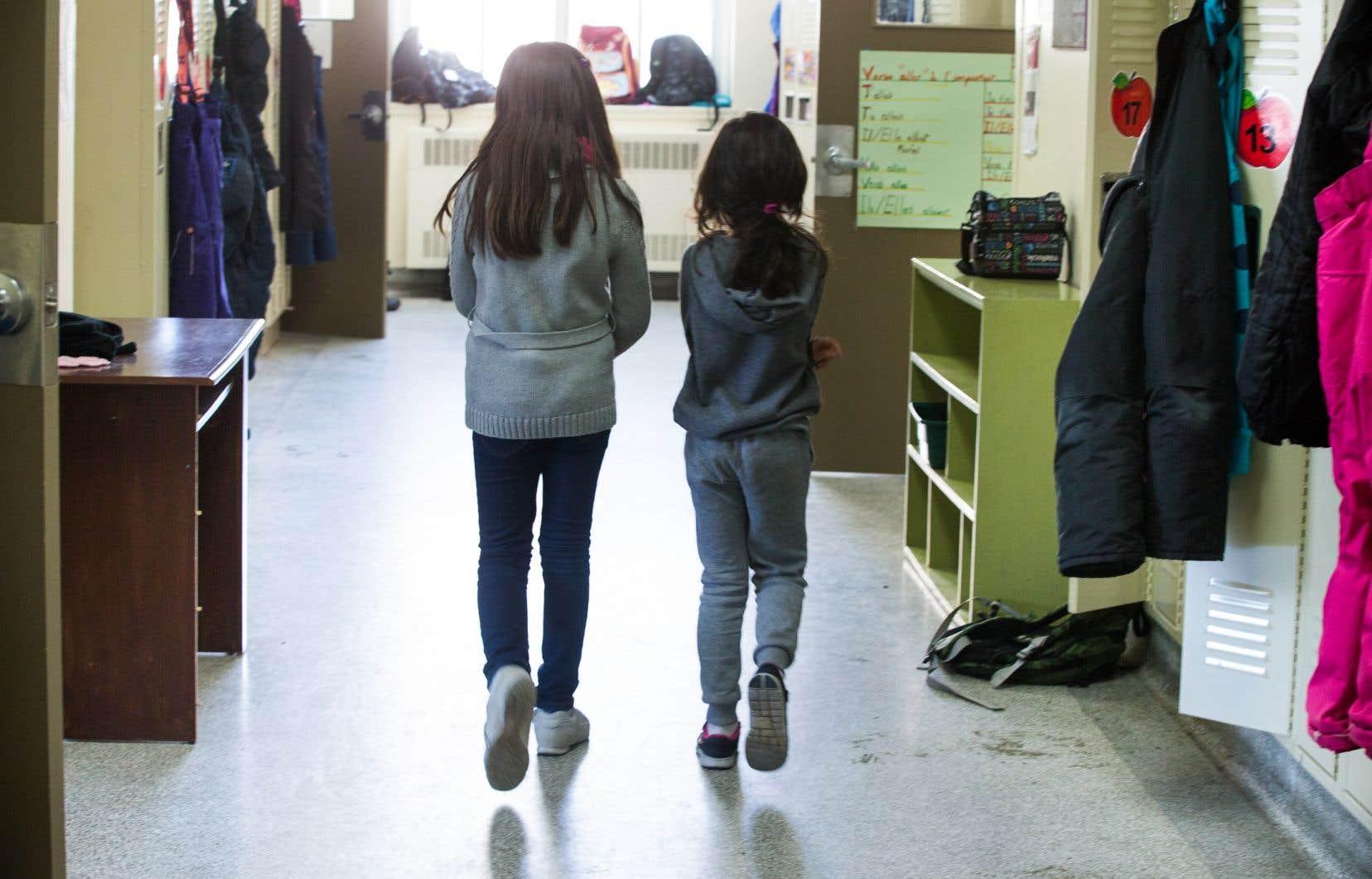 Plusieurs écoles touchées ne sont jamais apparues dans les listes, alors que d'autres y ont été mises par erreur.