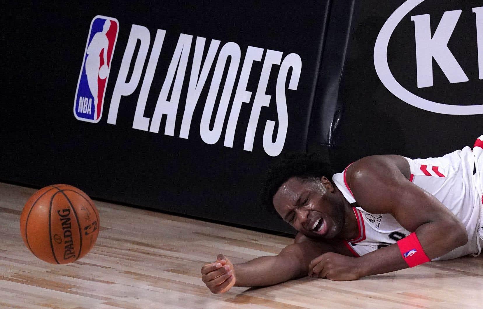 Les Raptors ont joué vendredi comme si le ballon était enrobé de beurre, commettant pas moins de 18 revirements.