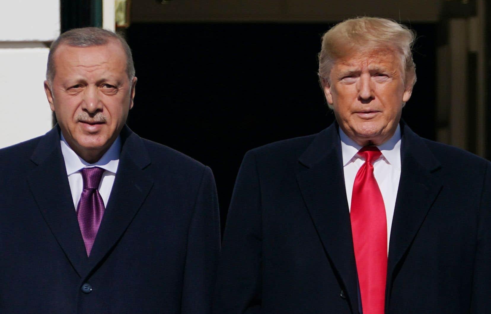 Dans ce nouvel extrait de «Rage<em>»</em>, Donald Trump revient sur ses liens avec Recep Tayyip Erdoğan, qui a muselé toute opposition en Turquie après une tentative de coup d'État en 2016.