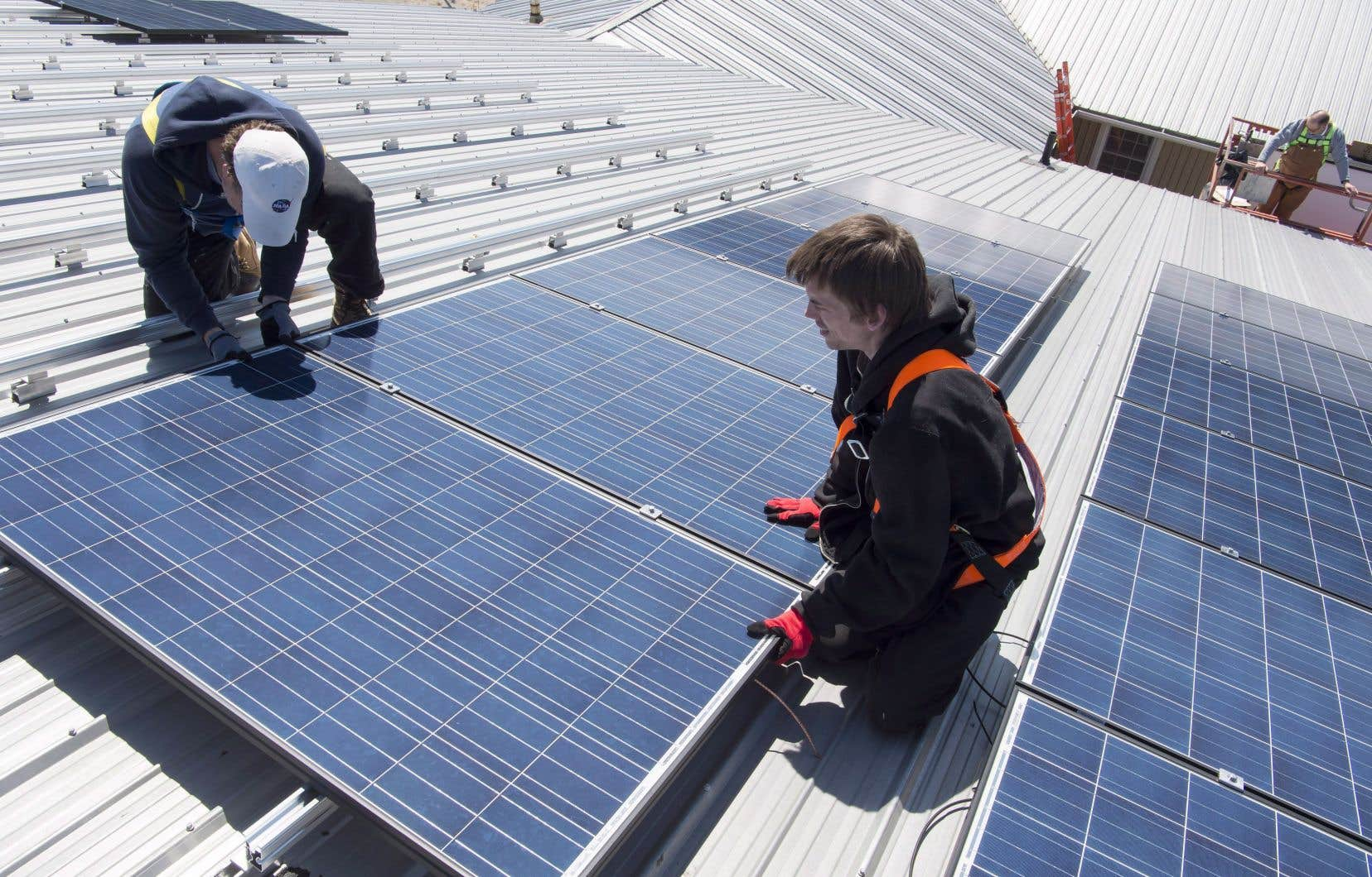 Un groupe de travail suggère notamment la formation d'une main-d'œuvre spécialisée en bâtiments écologiques.