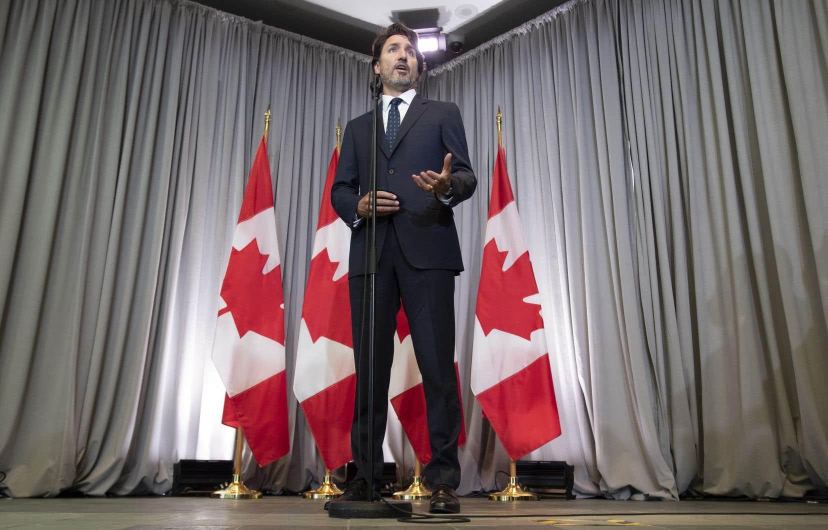 Justin Trudeau n'a pas l'intention de modifier les lois fédérales de façon à permettre une application plus large de la loi 101.