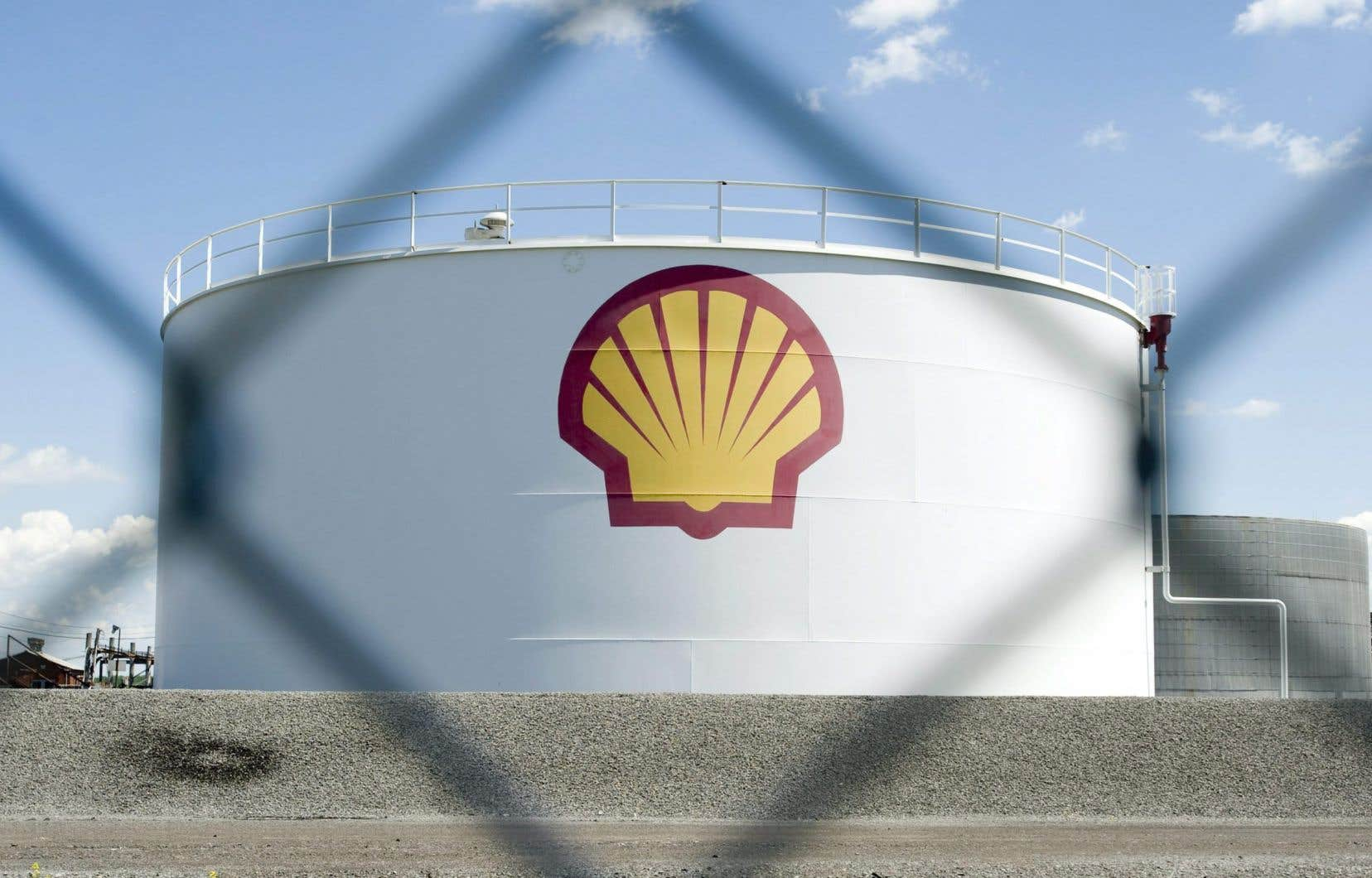 Shell Canada souhaite discuter de ses projets dans les biocarburants avec Hydro-Québec, Investissement Québec et le ministère de l'Économie et de l'Innovation.