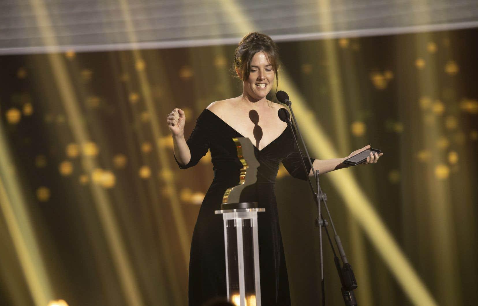 Le travail de Florence Longpré en tant qu'Ada dans «M'entends-tu?» a été souligné, elle a remporté le Gémeaux du Meilleur premier rôle féminin: Série dramatique.