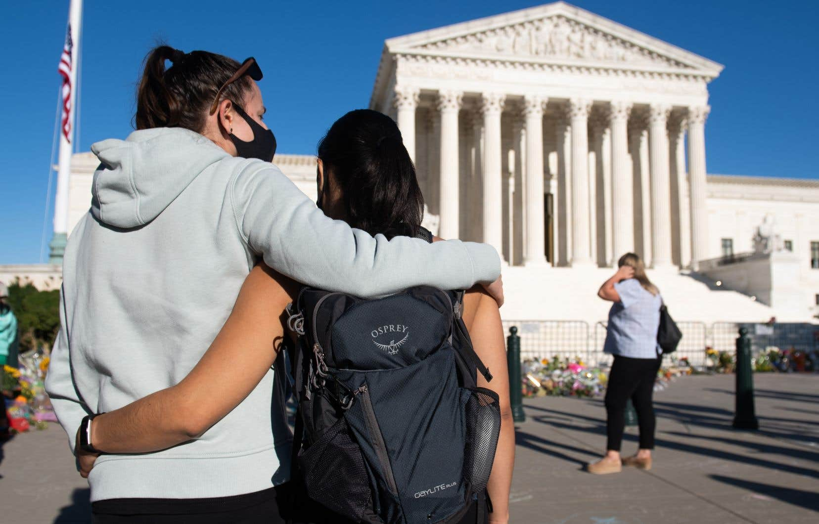 La dépouille de la juge Ruth Bader Ginsburg sera exposée mercredi et jeudi à la Cour suprême des États-Unis. L'icône féministe, décédée vendredi, recevra un hommage national vendredi au Capitole.