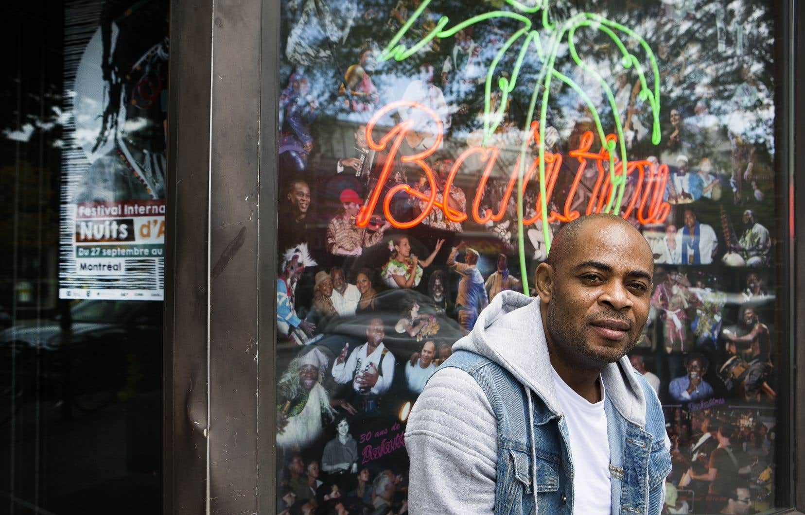 Les troubles politiques qui ont fait rage au Cameroun en 2017 ont incité le musicien Oluwa Banjo à s'installer à Montréal.
