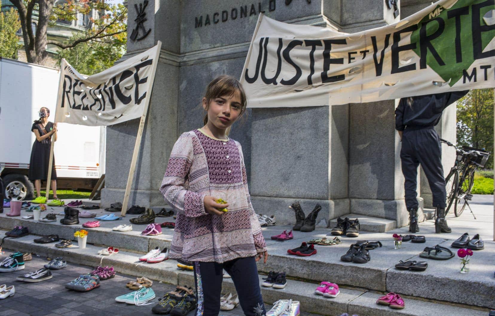 Les organisations militantes misent sur la convergence des luttes pour donner un nouveau souffle au mouvement.