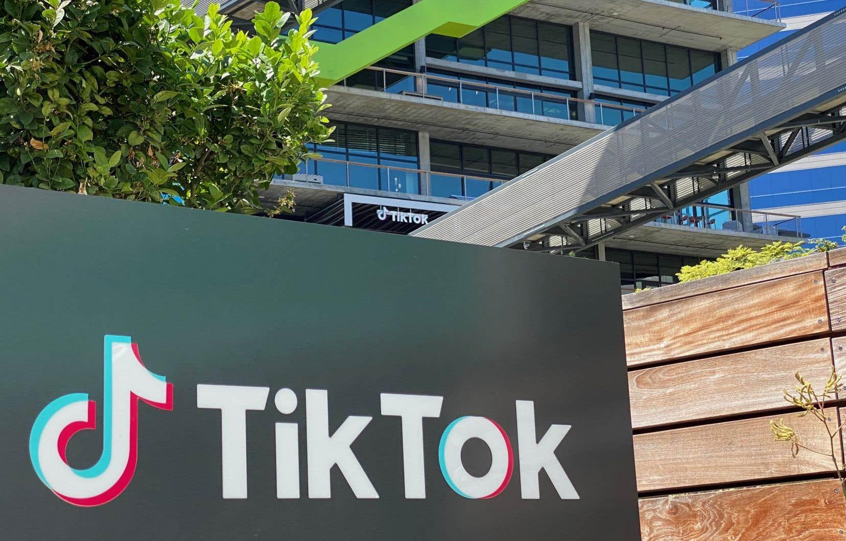 Le 18septembre, TikTok a déposé un recours en urgence contre la décision du département du Commerce de bannir le réseau social des magasins d'applis.