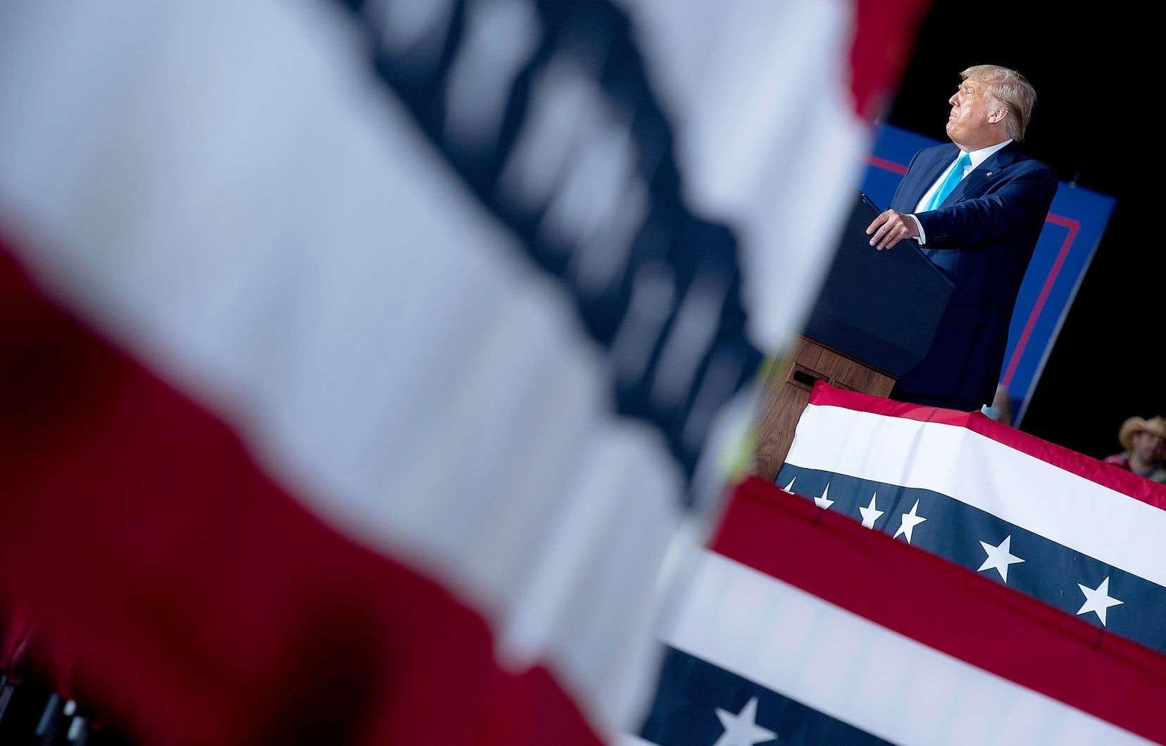 Les déclarations de revenus de l'homme d'affaires new-yorkais devenu président et candidat à sa réélection sont au coeur d'une bataille judiciaire, Donald Trump ayant toujours refusé de les publier, contrairement à tous ses prédécesseurs depuis les années 1970.