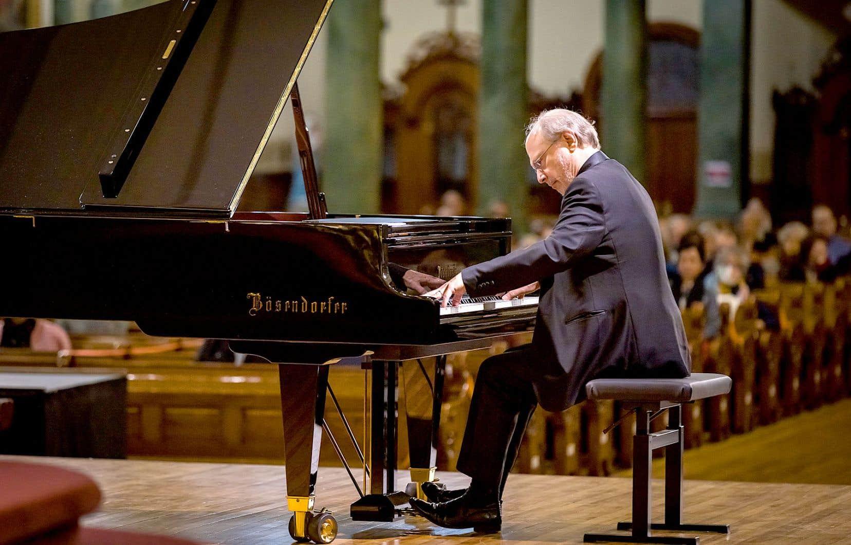 La philosophie musicale de Marc-André Hamelin en disque est celle du partage, comme au concert, mais aussi et surtout celle de la quête de la perfection.