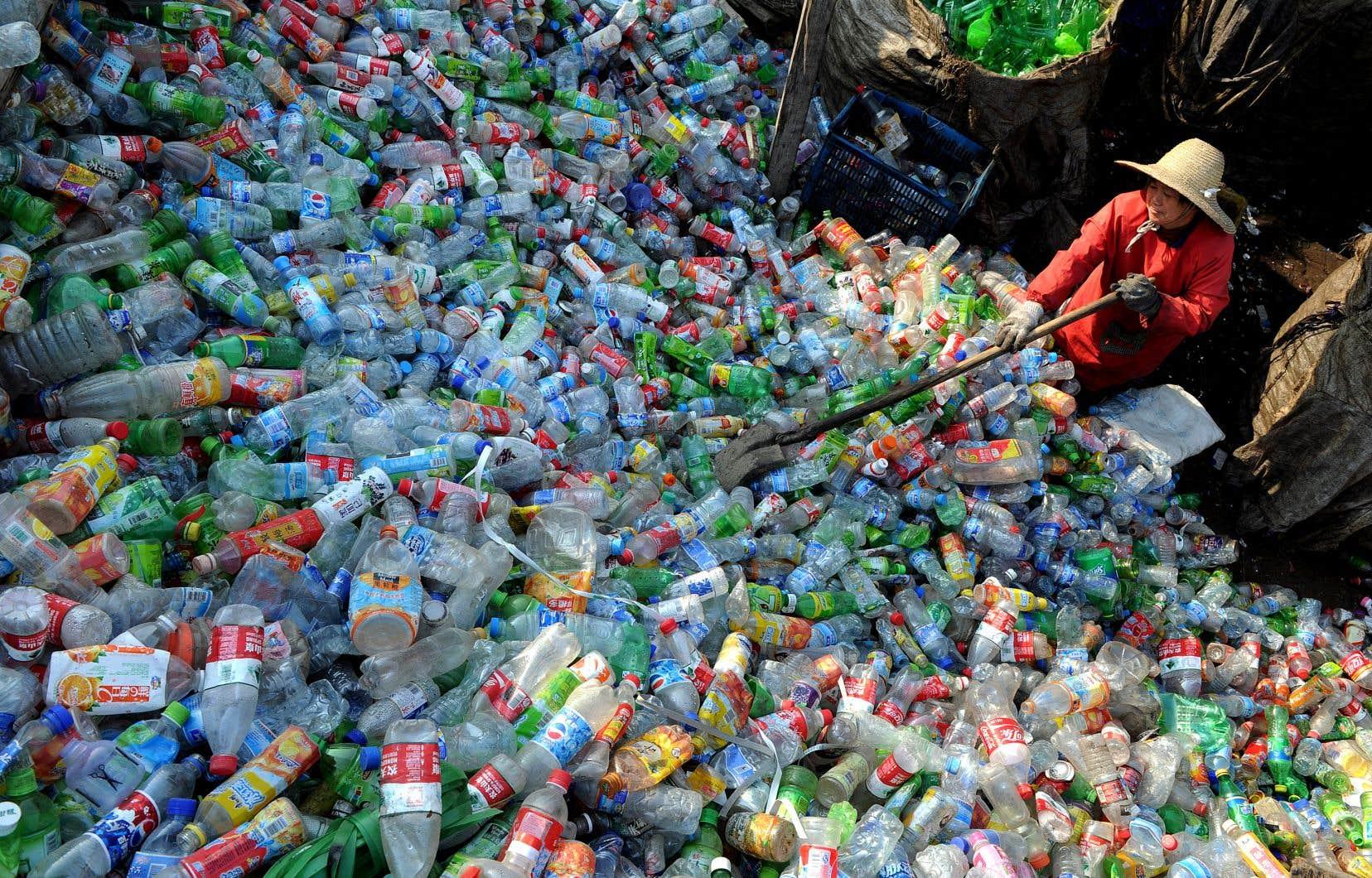 Au cours des 30 dernières années, le Canada a exporté environ quatre millions de tonnes de déchets de plastique en Asie, selon Oceana Canada.