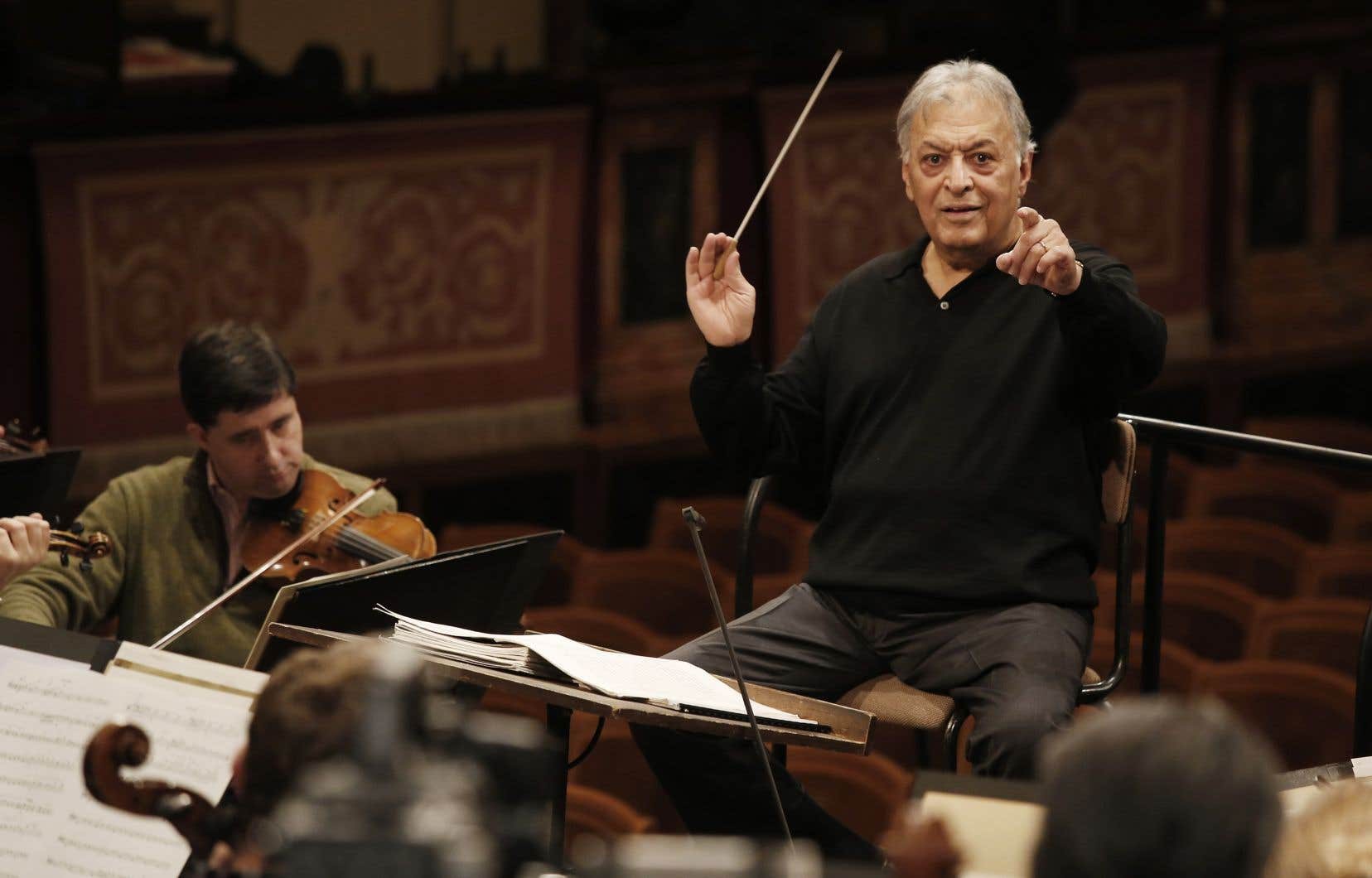 Le chef Zubin Mehta lors d'une répétition de l'Orchestre philharmonique de Vienne en décembre 2014