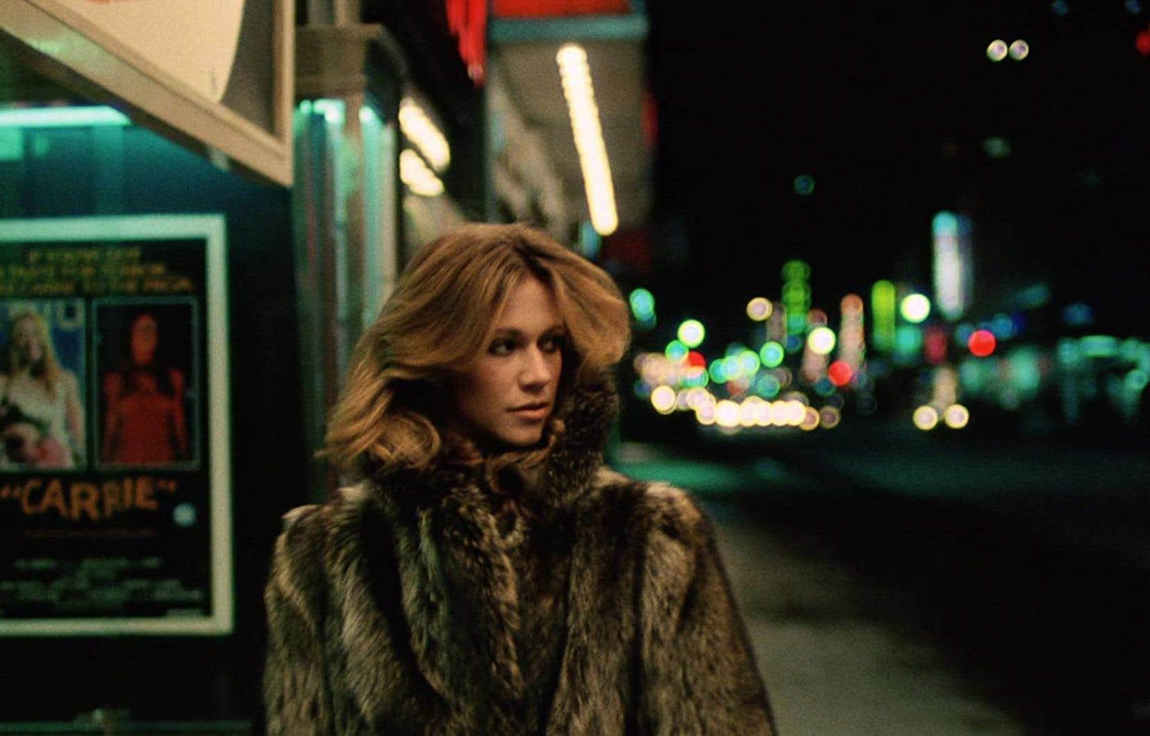Marilyn Chambers part en chasse dans «Rabid» de David Cronenberg. La femme développe une excroissance en forme de dard à l'aisselle après avoir reçu un greffon expérimental dans une clinique privée. En proie à d'incontrôlables pulsions, elle aspire le sang de quiconque croise sa route.