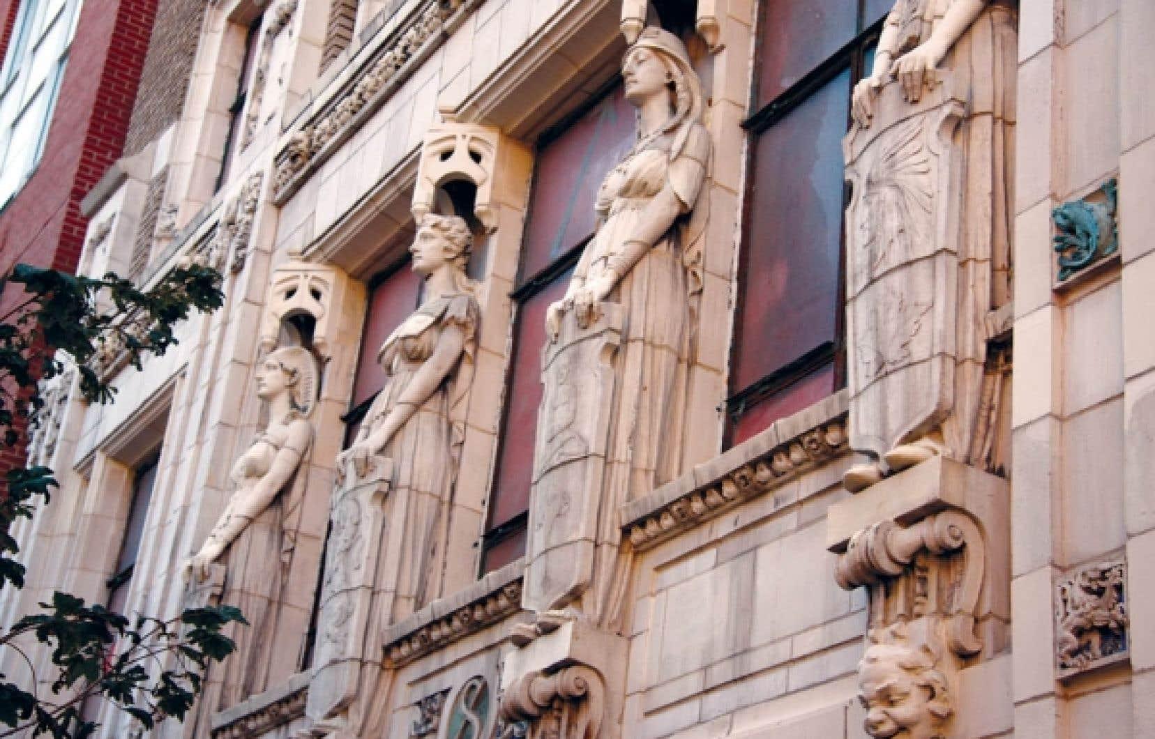 La façade ornementale de l'édifice Southam