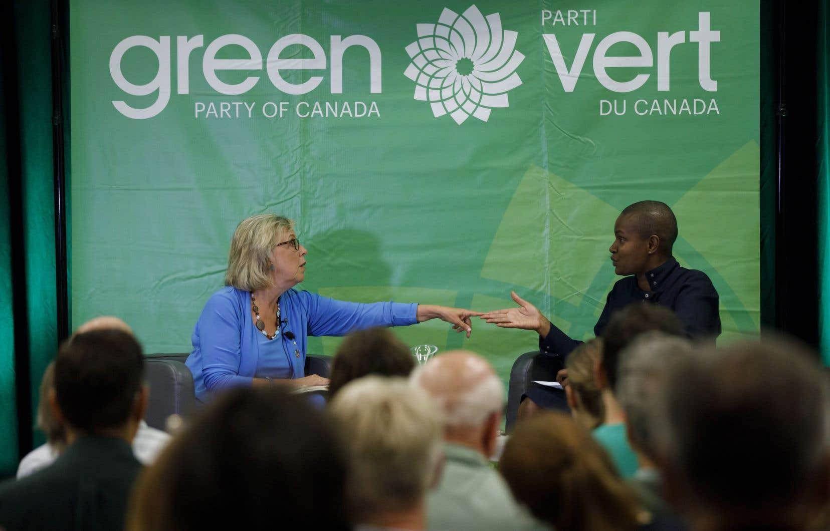 Annamie Paul succède àElizabeth May à la tête du parti.
