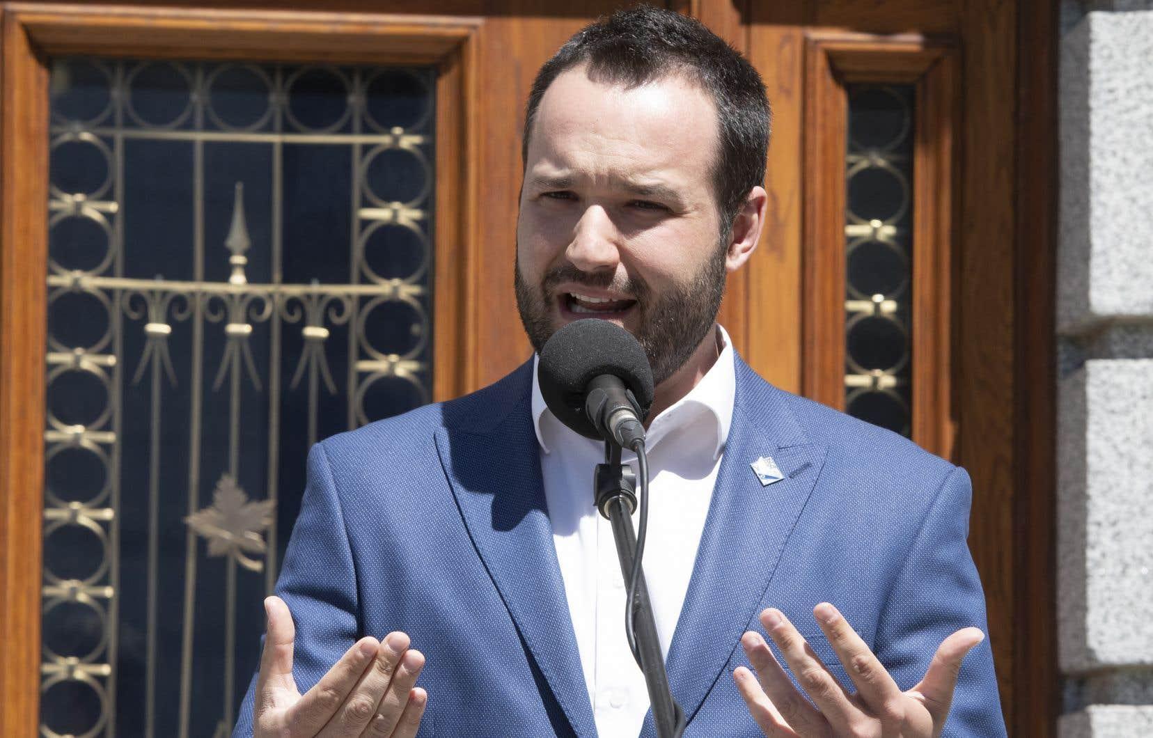 Le ministre québécois de la Famille, Mathieu Lacombe