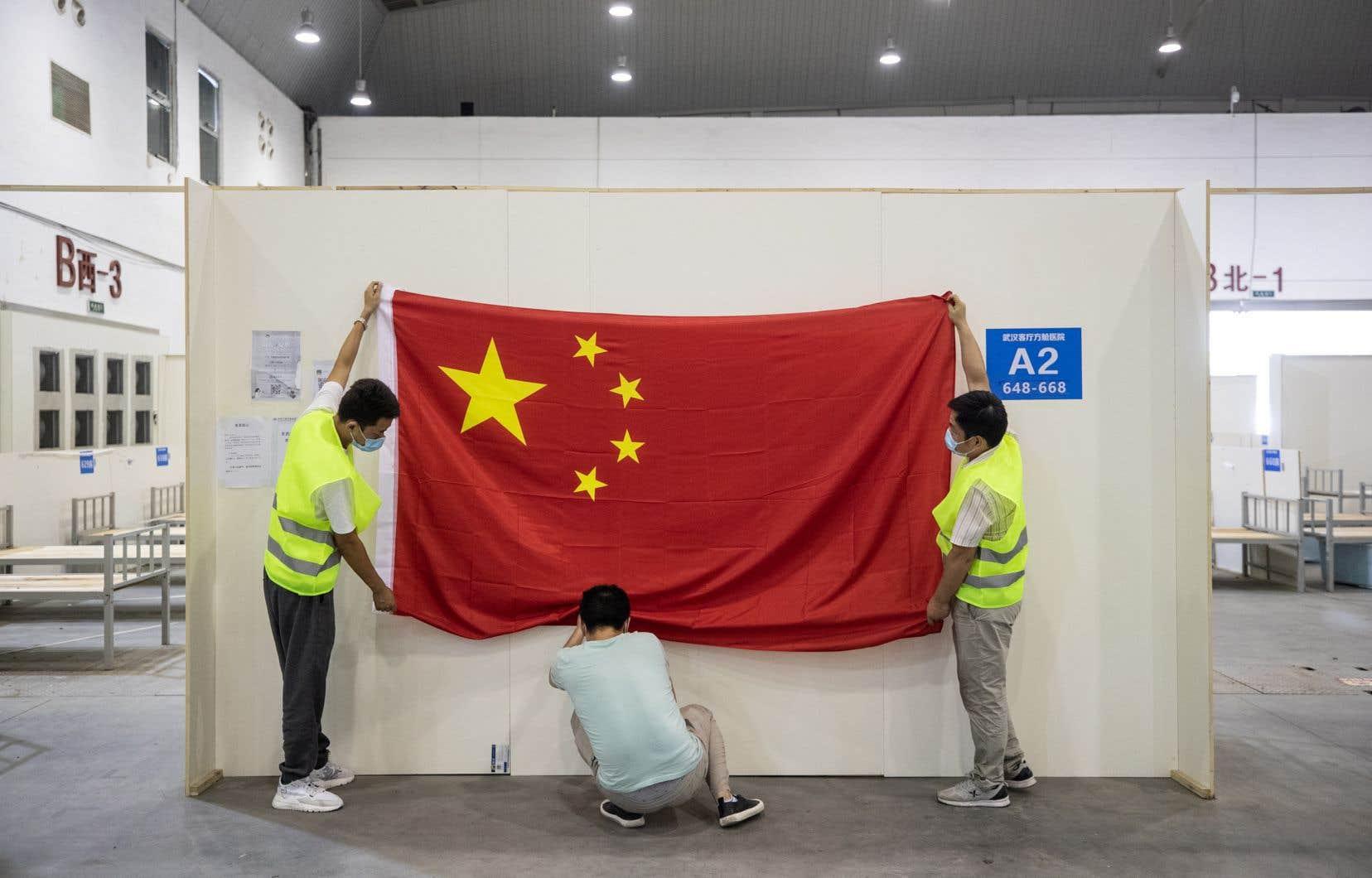 Dans lels pays occidentaux, la Chine est largement accusée d'avoir initialement manqué de transparence sur la gravité du coronavirus.