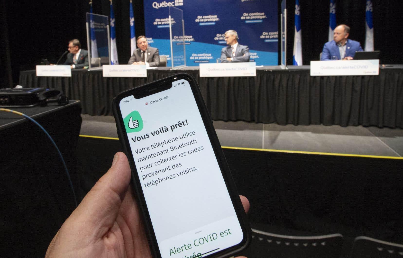 Le Québec s'est joint lundi aux cinq autres provinces qui avaient déjà adopté l'application fédérale Alerte COVID.