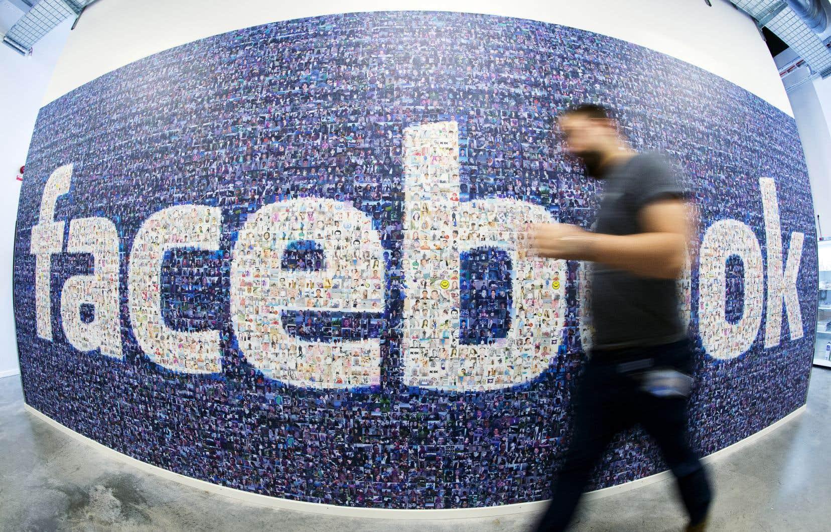 Le géant des réseaux sociaux a établi un lien entre ces comptes et commentaires et le cabinet de marketing, «bien que les personnes de cette opération aient tenté de dissimuler leurs identités et la coordination entre eux».