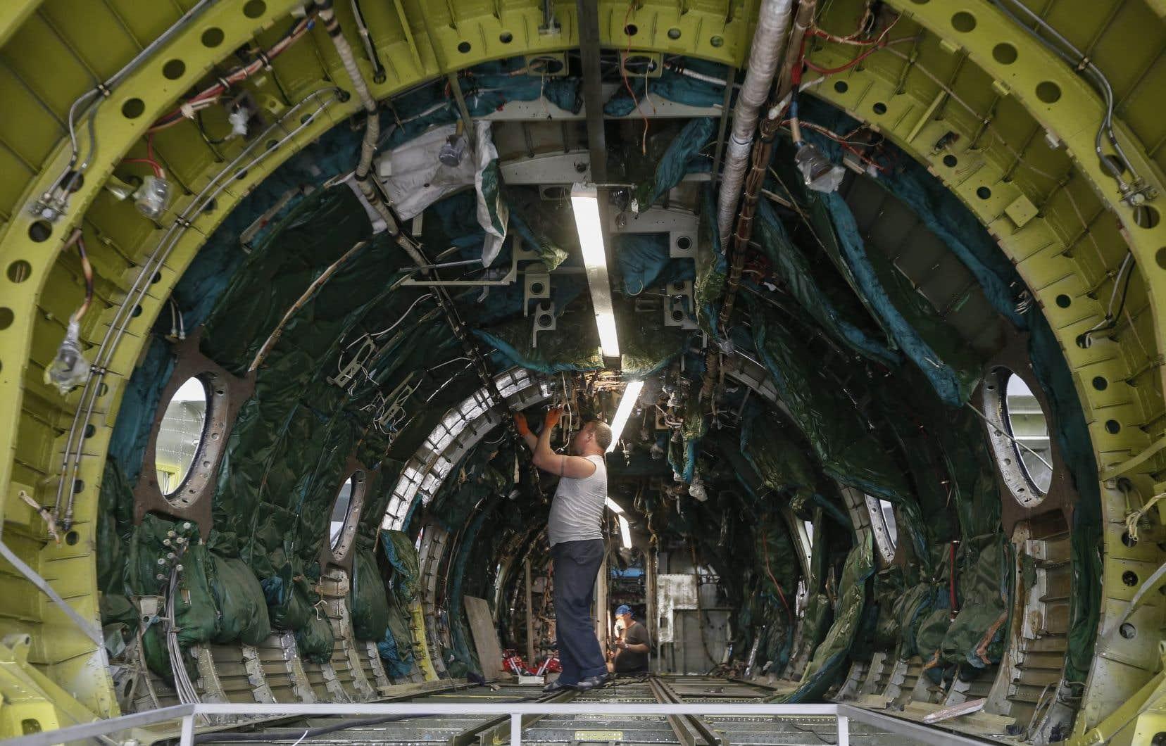 Avant la pandémie, on estimait qu'il faudrait pourvoir un peu plus de 63000 postes d'ici 10ans dans l'industrie aérospatiale au Québec. Une révision de ce chiffre sera publiée en novembre.
