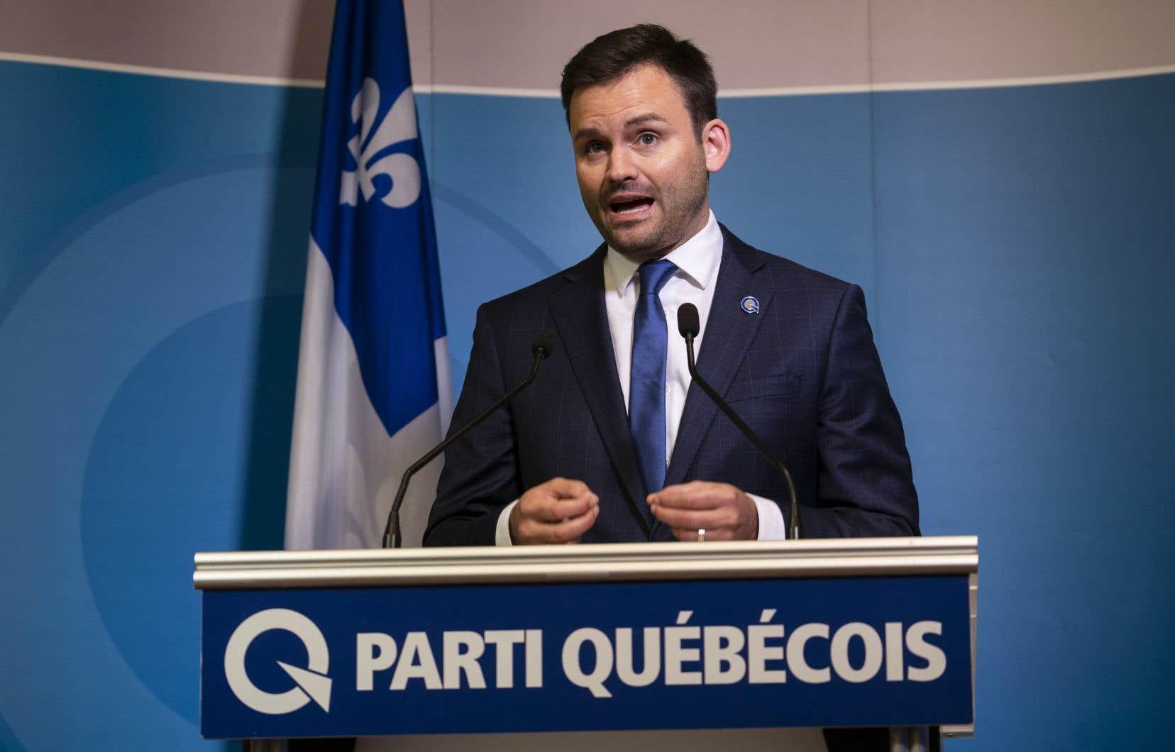 Paul St-Pierre Plamondon a obtenu 56,02% du vote des militants du Parti québécois.
